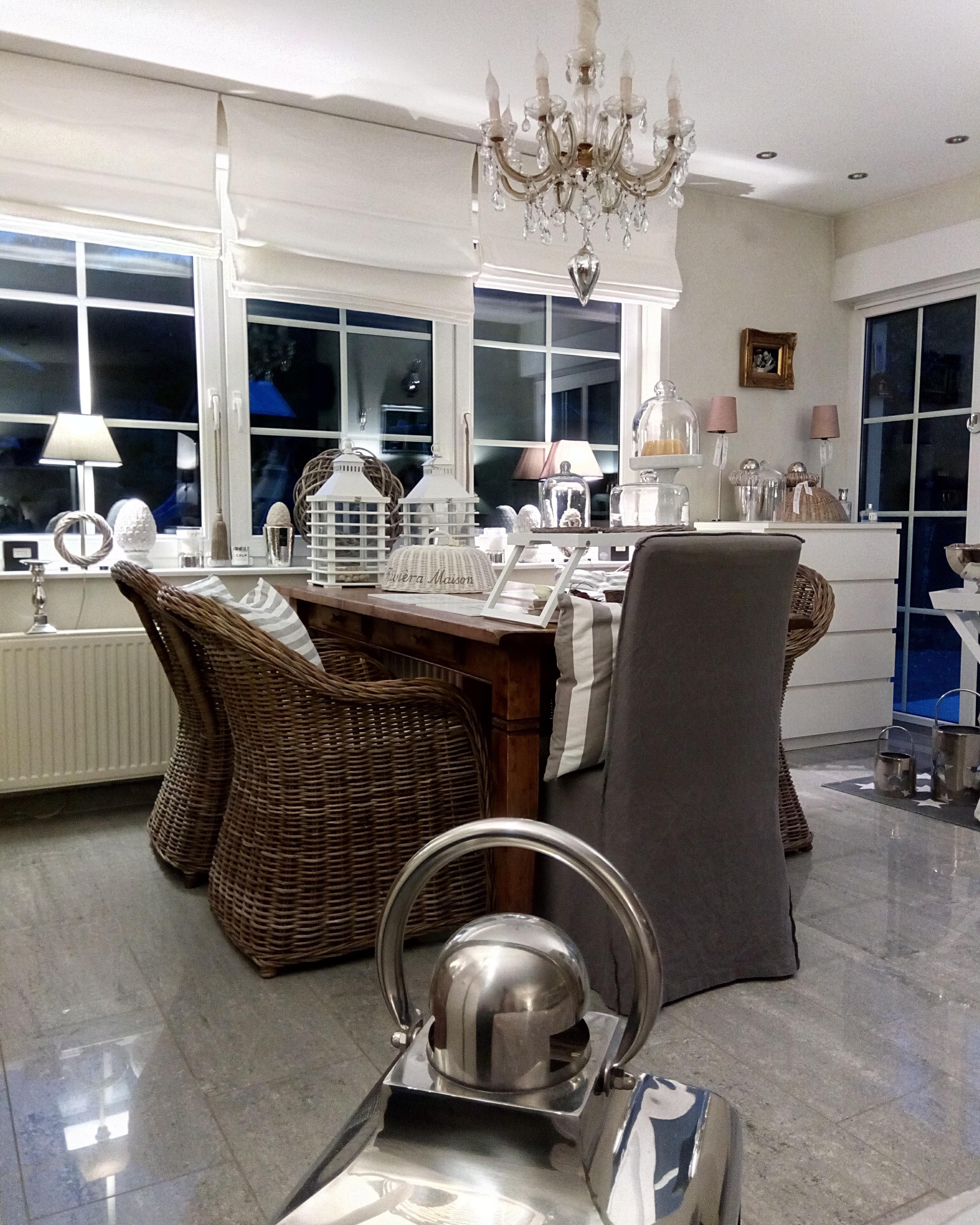 Deko #Interior #Wohnzimmer #Landhaus • Couchstyle