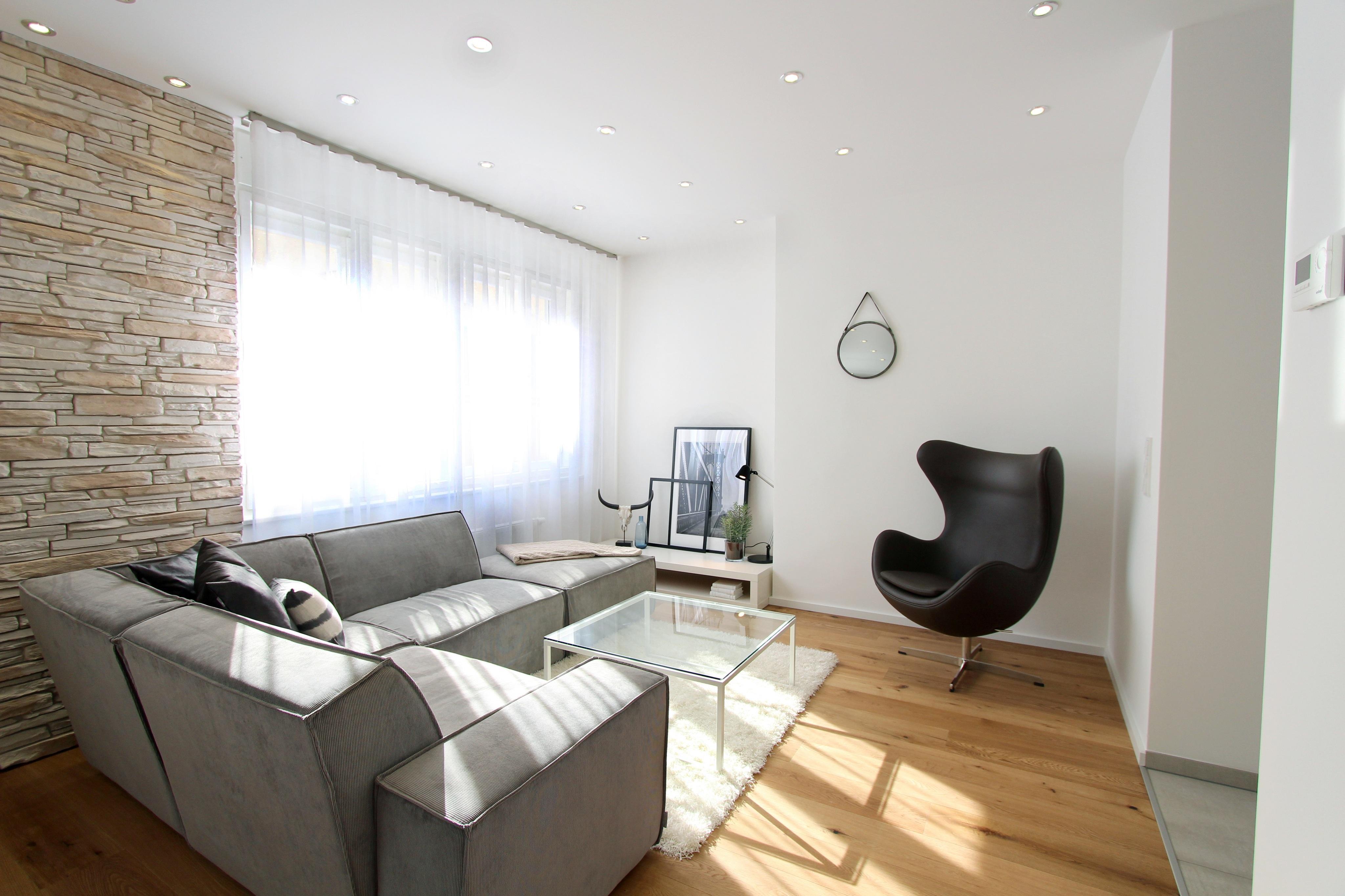 graues sofa • bilder & ideen • couchstyle, Wohnzimmer