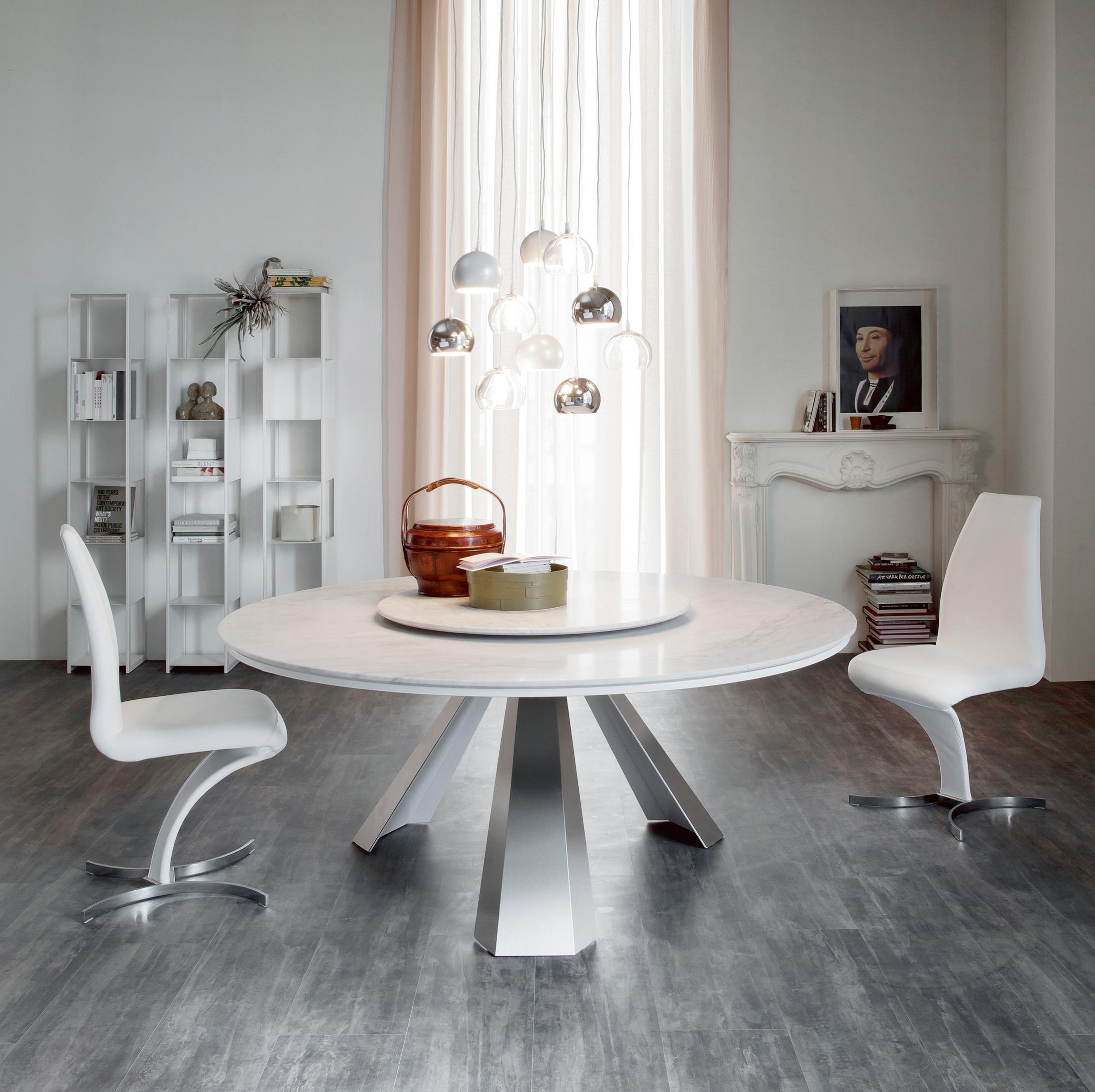 Designerstühle In Weiß #stuhl #regal #esstisch #weißerstuhl ©Cattelan Italia
