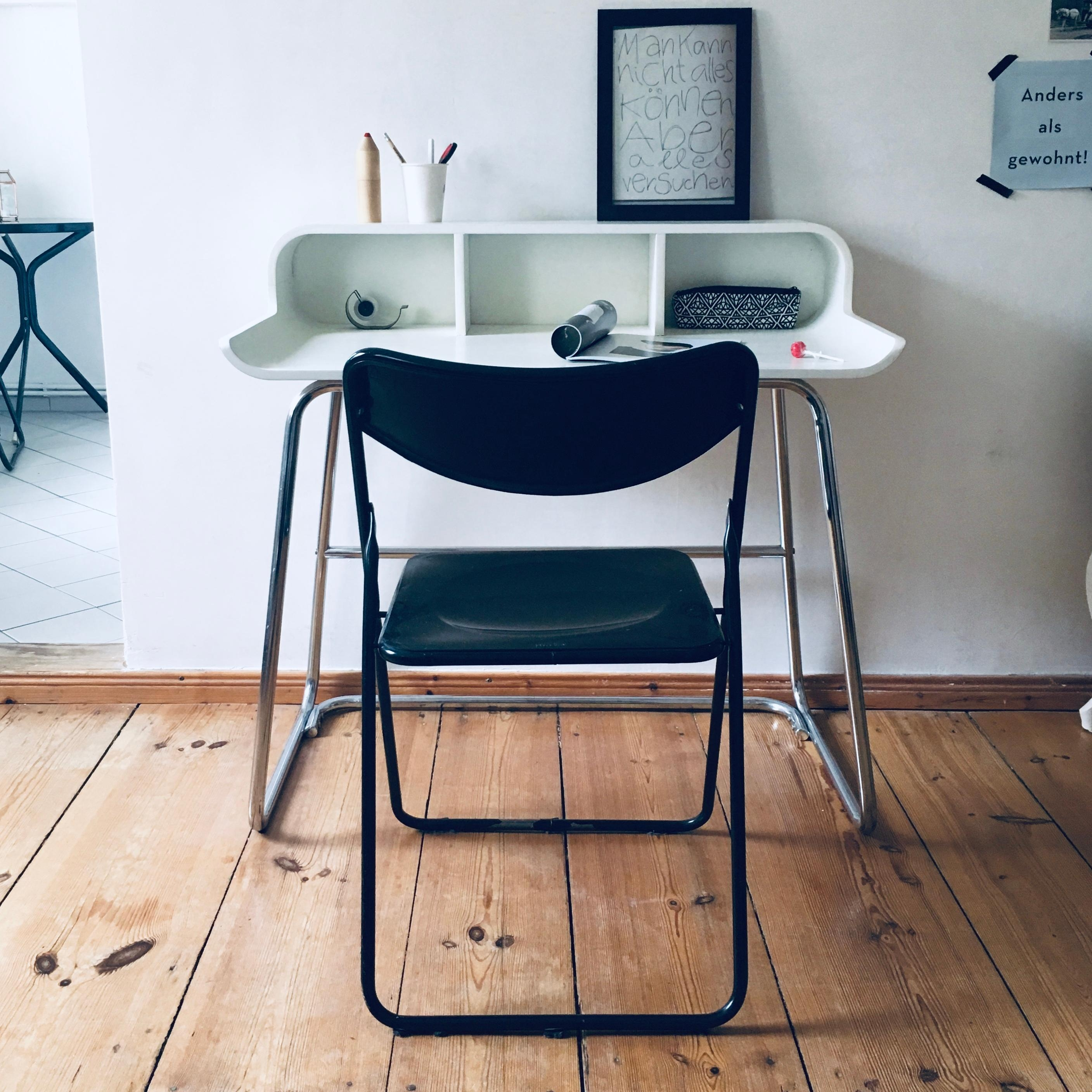 #desk #homeoffice #skandistyle #berlineraltbau #worktravel #vintage #minimalliving