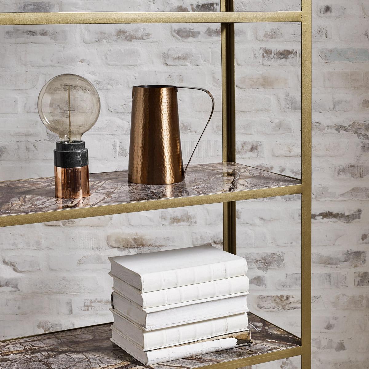 detailreicher minimalismus minimalismus nostalgi. Black Bedroom Furniture Sets. Home Design Ideas