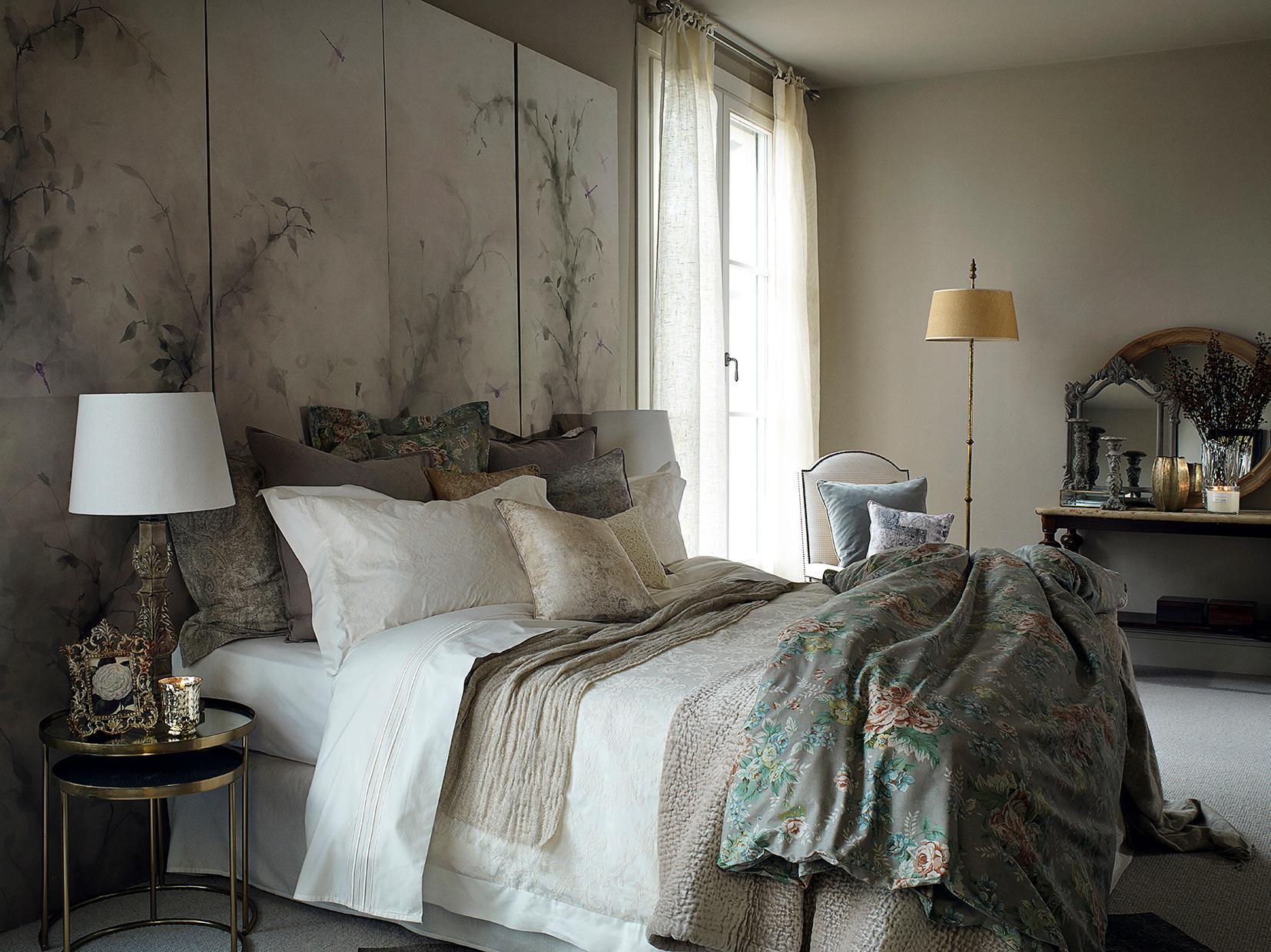 dezente farben im schlafzimmer kissen fotowand za. Black Bedroom Furniture Sets. Home Design Ideas