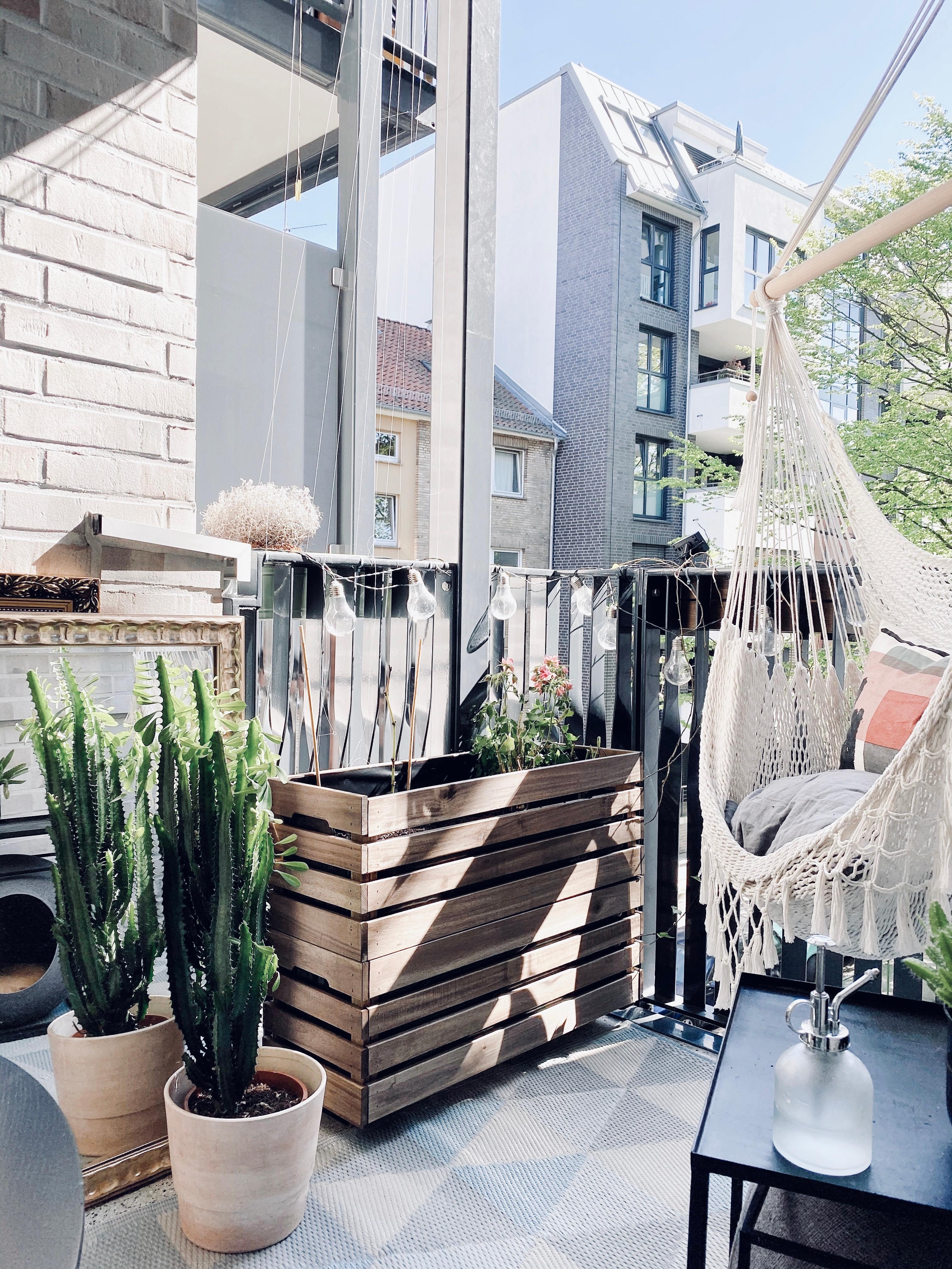 Die plantbox ist ready  balkondiy balcony ikeahack plantbox balkonideen  239841a4 fe10 459e 8f76 6e57ee3f5cb3