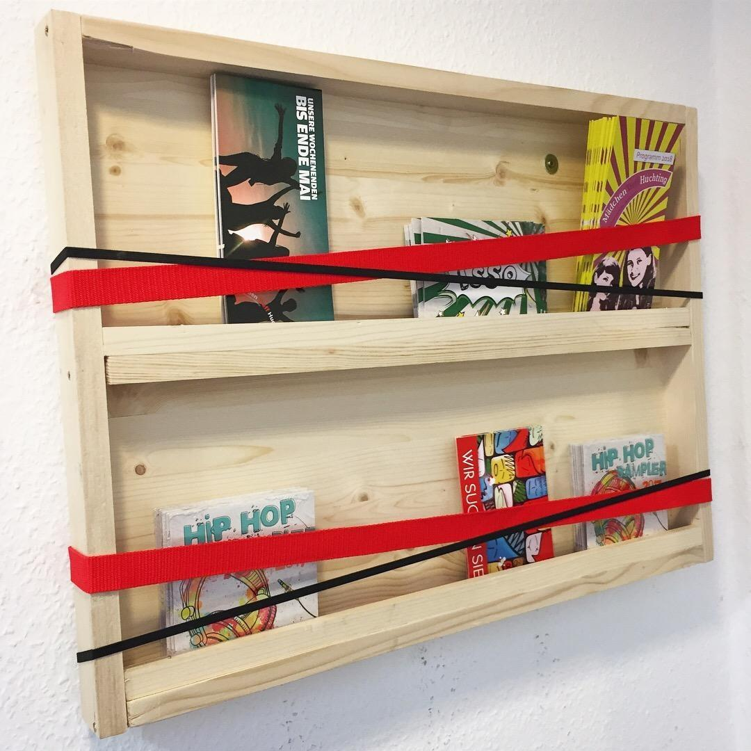 Do it yourshelfie.