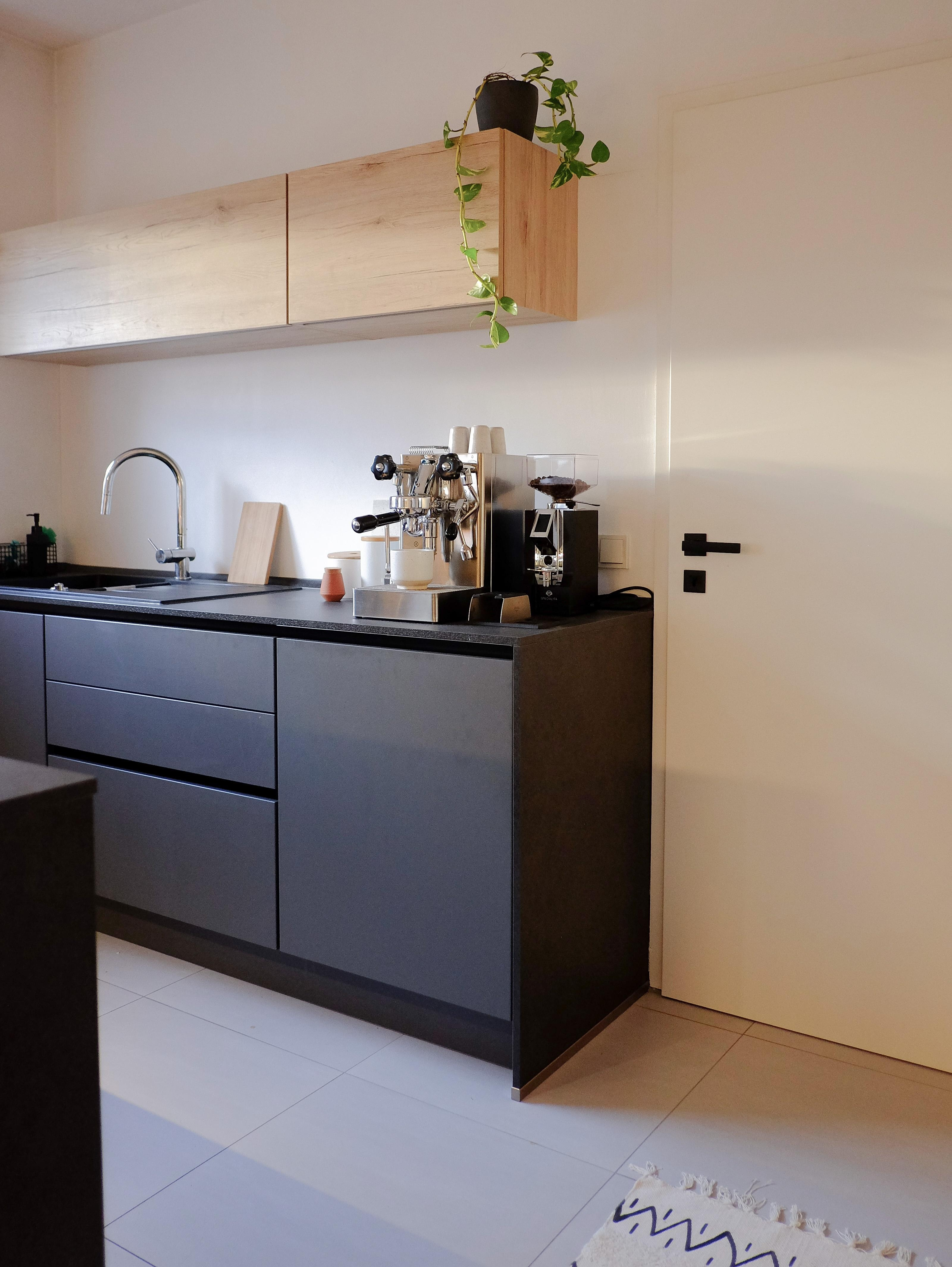 Drink coffee – it's chaos out there. #coffee #coffeelover #kitchen #kitcheninspo #darkkitchen #materialmix #minimalism