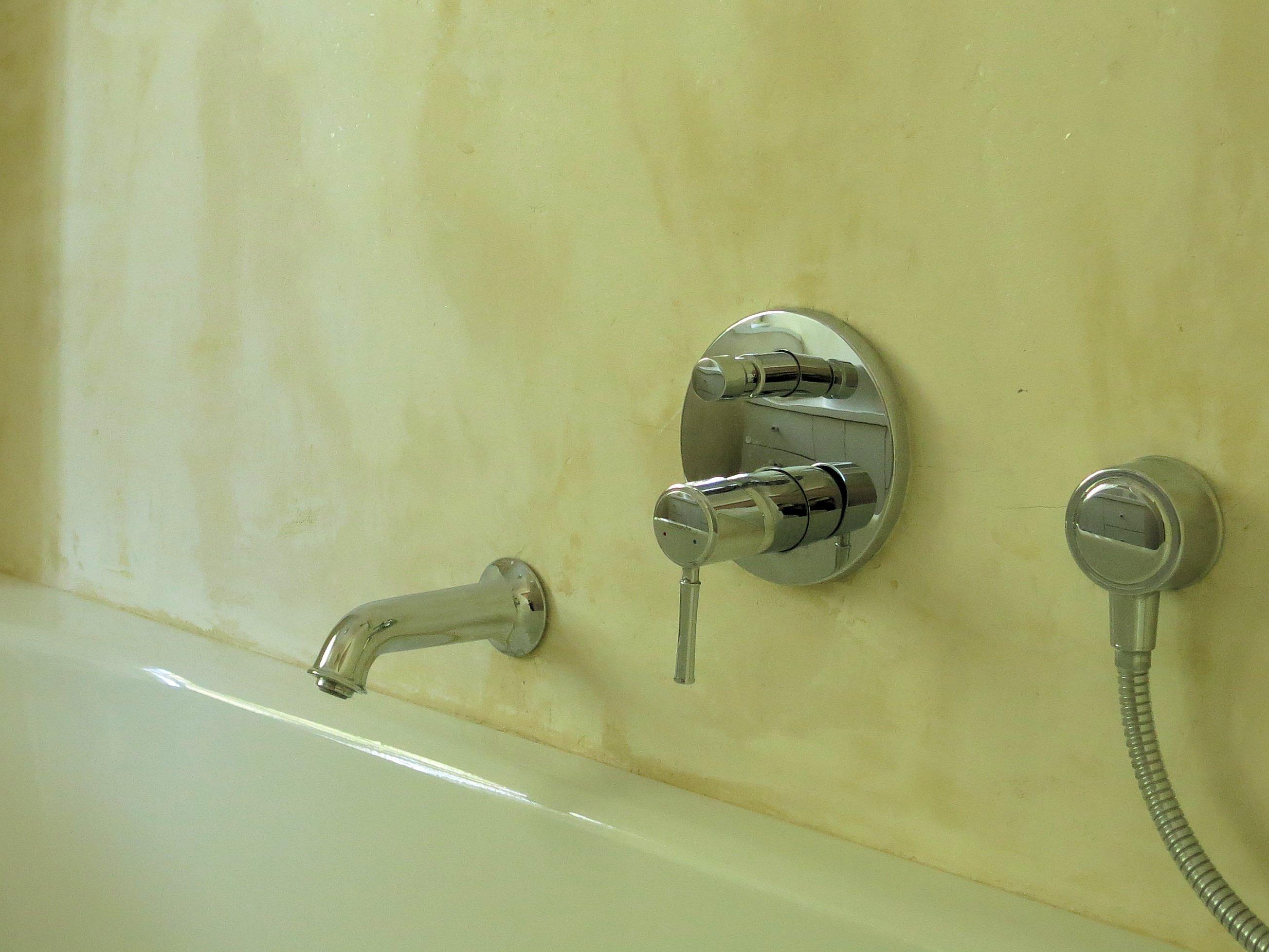 Dusch Und Badewannenwand Ohne Fliesen Und Ohne Store