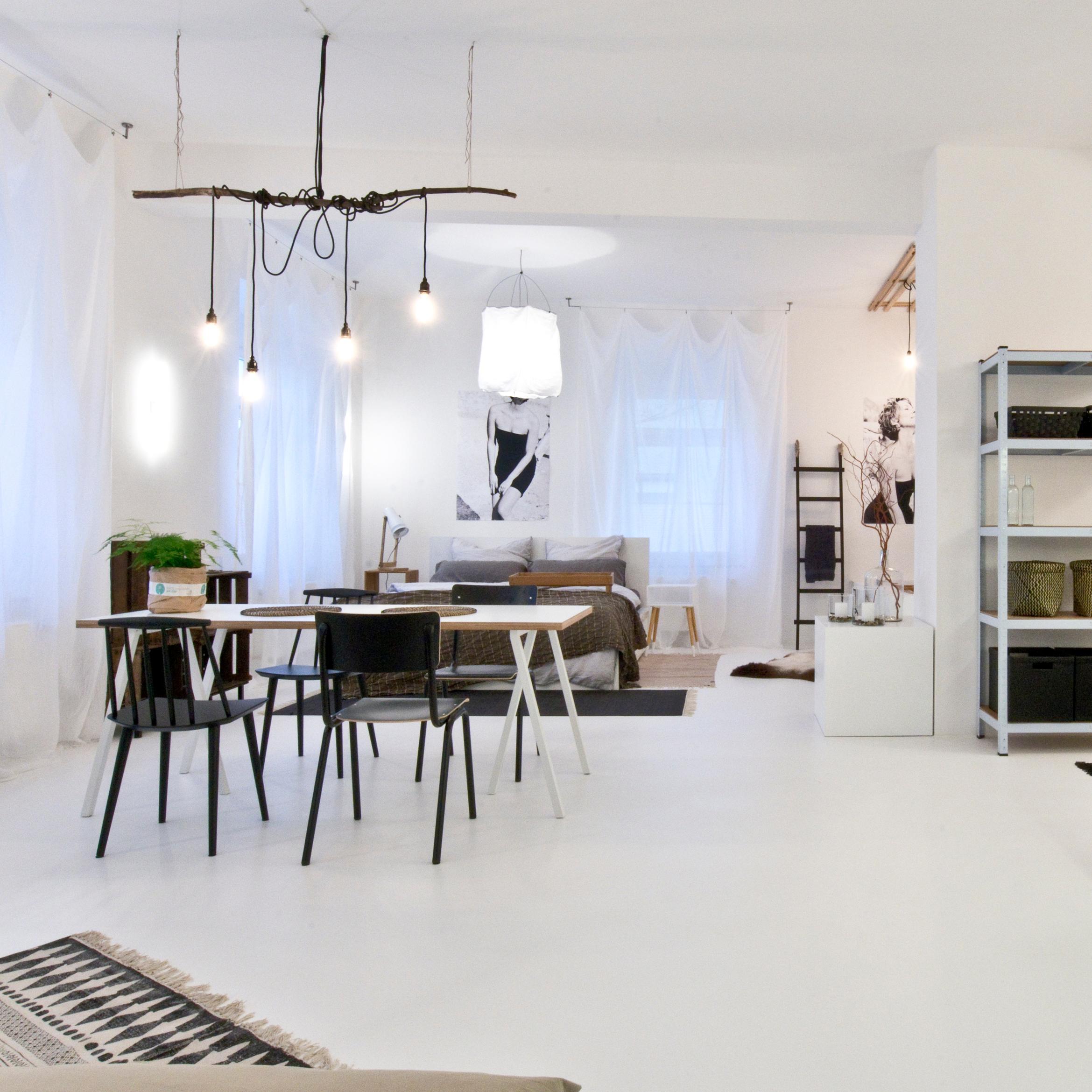 Fabelhaft Küche Industriedesign Ideen Von Ein Raum In Weiß #bett #esstisch #vorhang