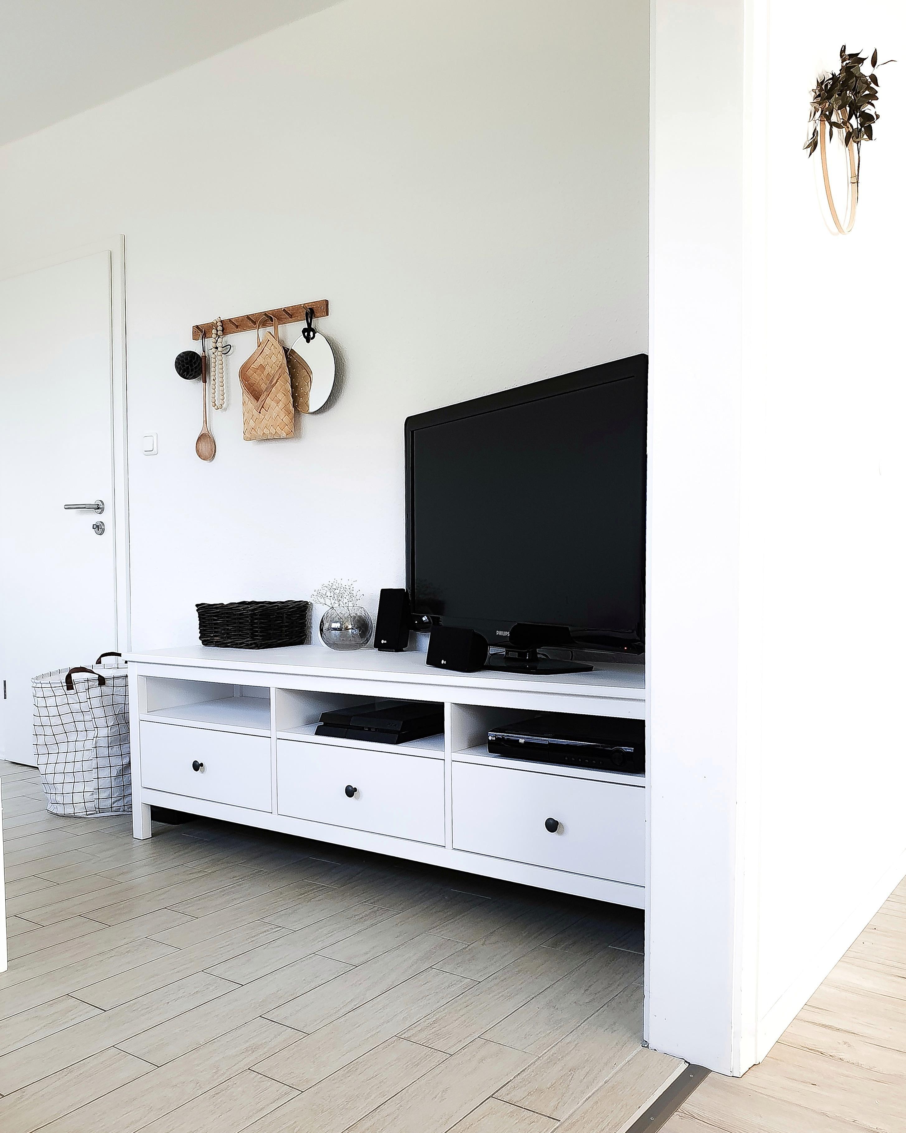 einblick wohnzimmer dekoration couchstyle sowohnich
