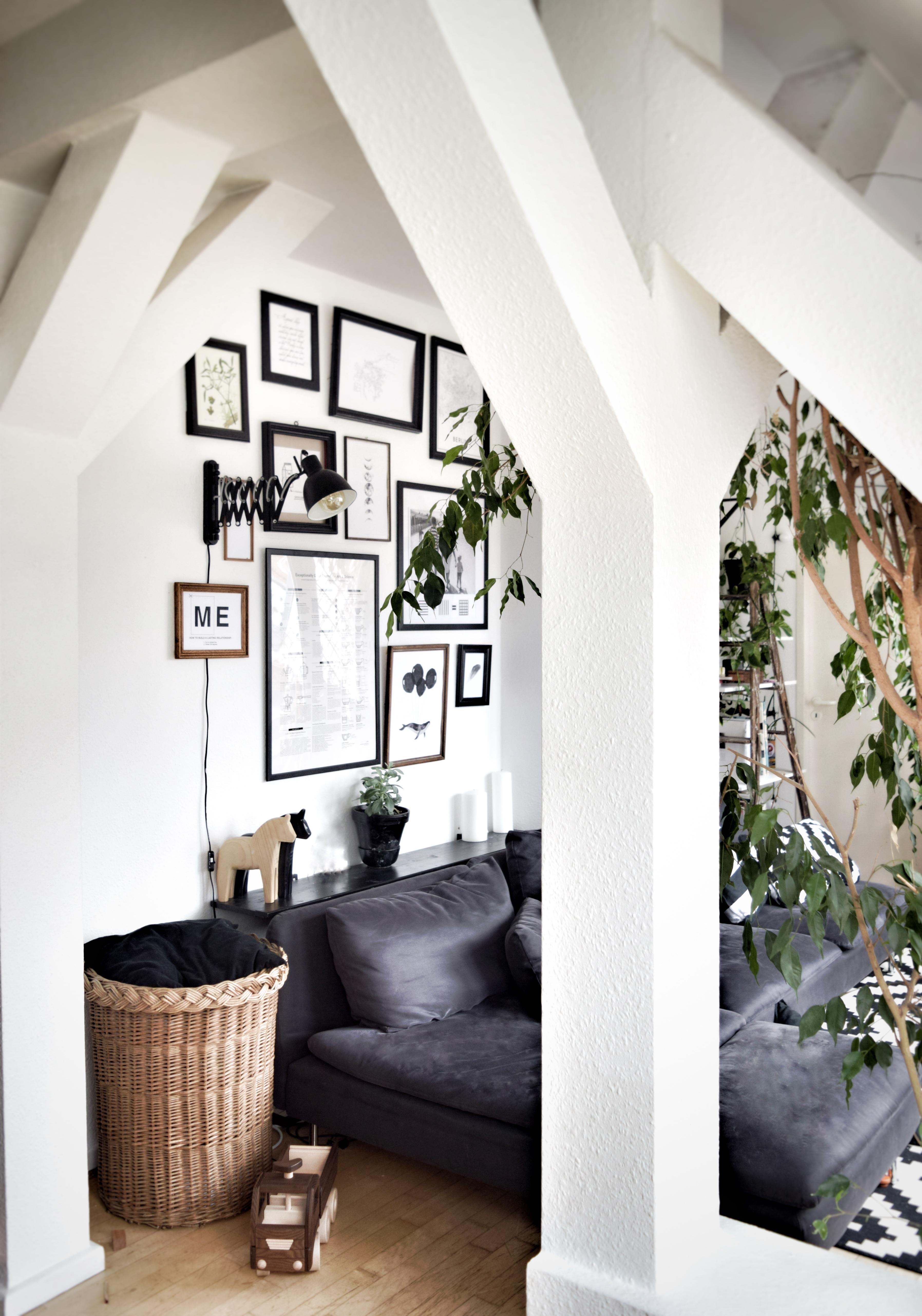 #entspannung #chilling #sofa #wohnzimmer #sofaecke #bilderwand #wanddeko