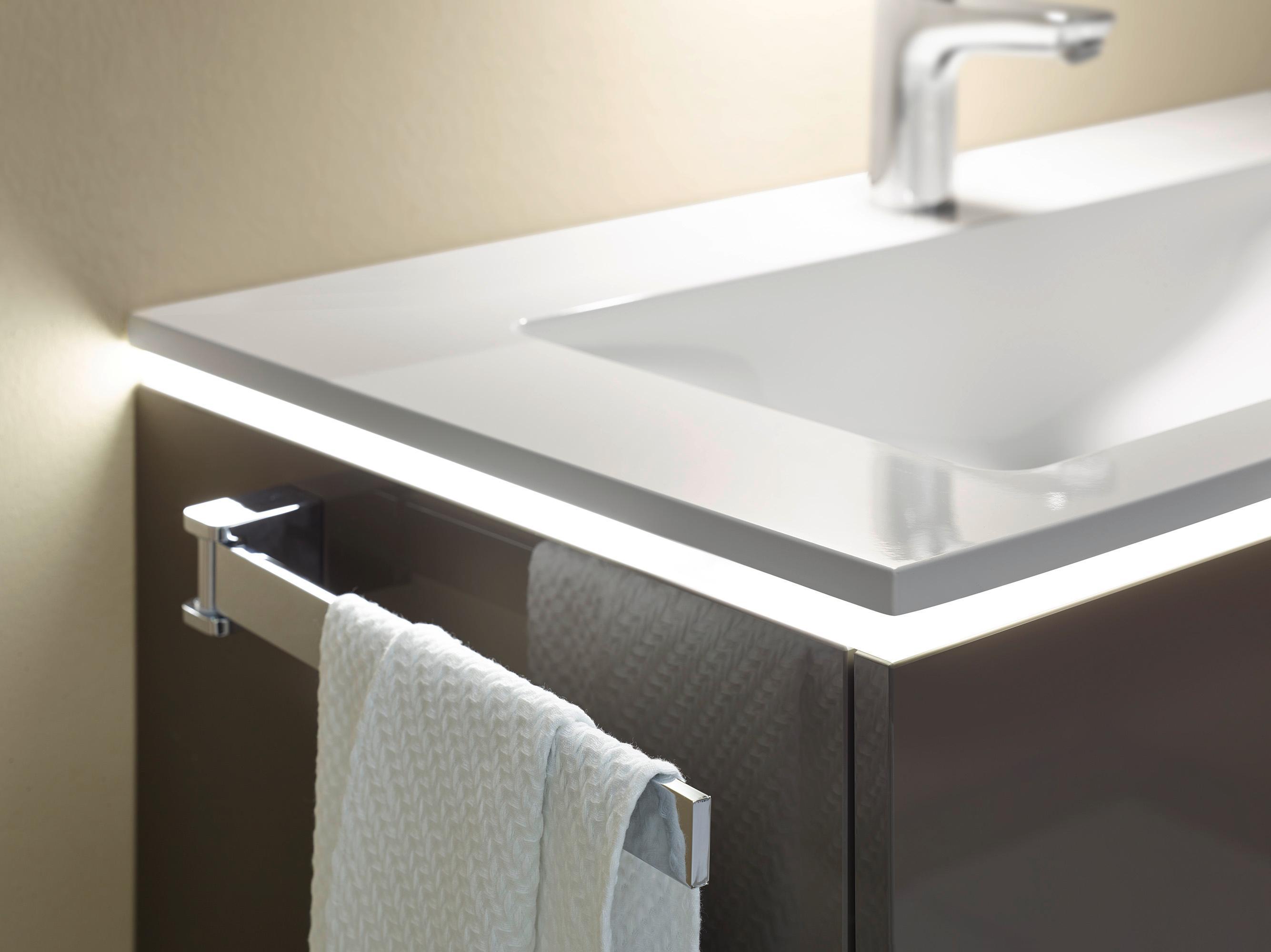 Emejing Heizkörper Badezimmer Handtuchhalter Photos - Milbank ...