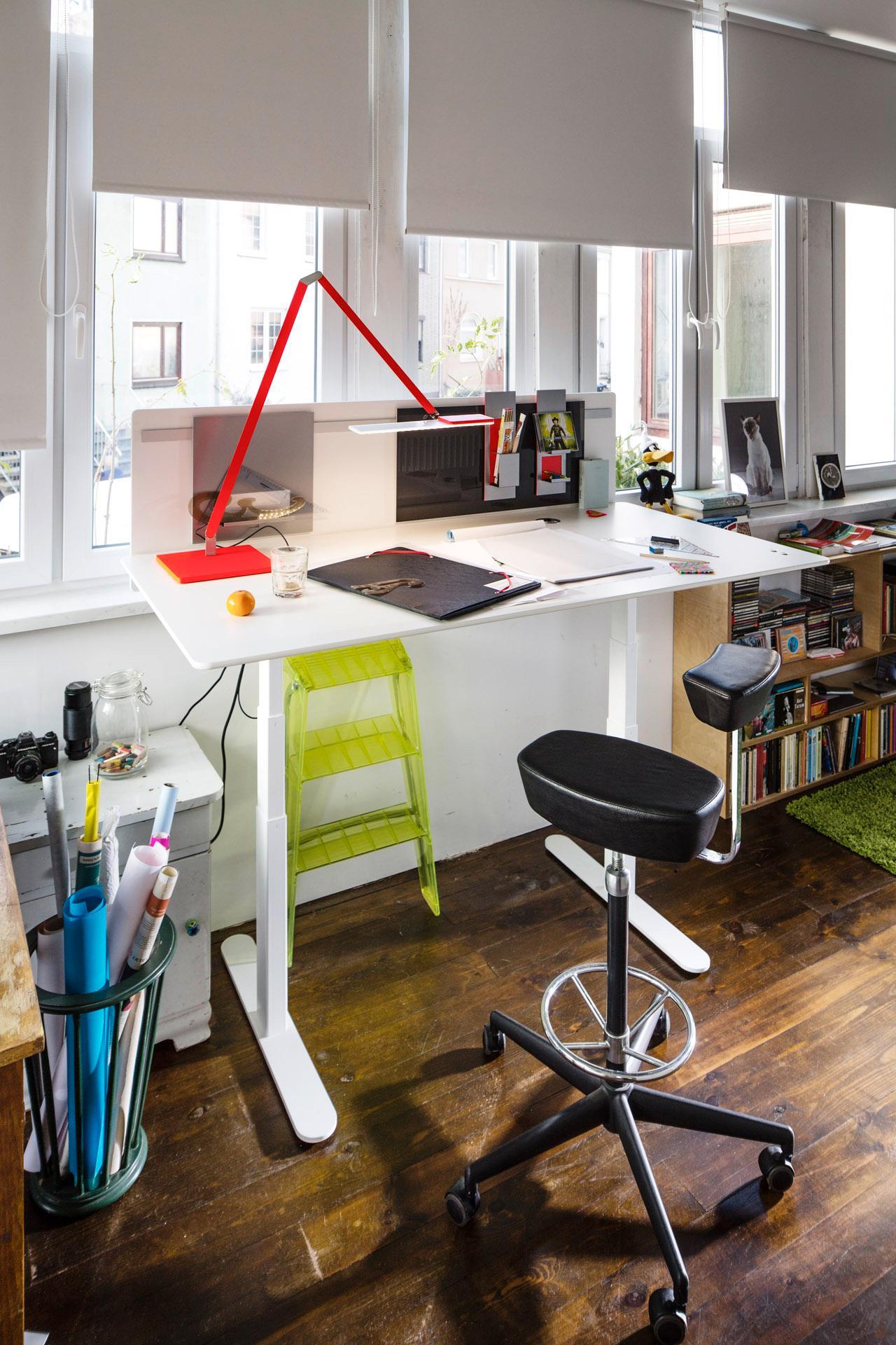 Ergonomischer arbeitsplatz arbeitsplatz schreibtis for Ergonomischer schreibtisch