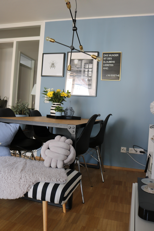 es durfte dann doch mal ein wenig farbe einziehen w. Black Bedroom Furniture Sets. Home Design Ideas