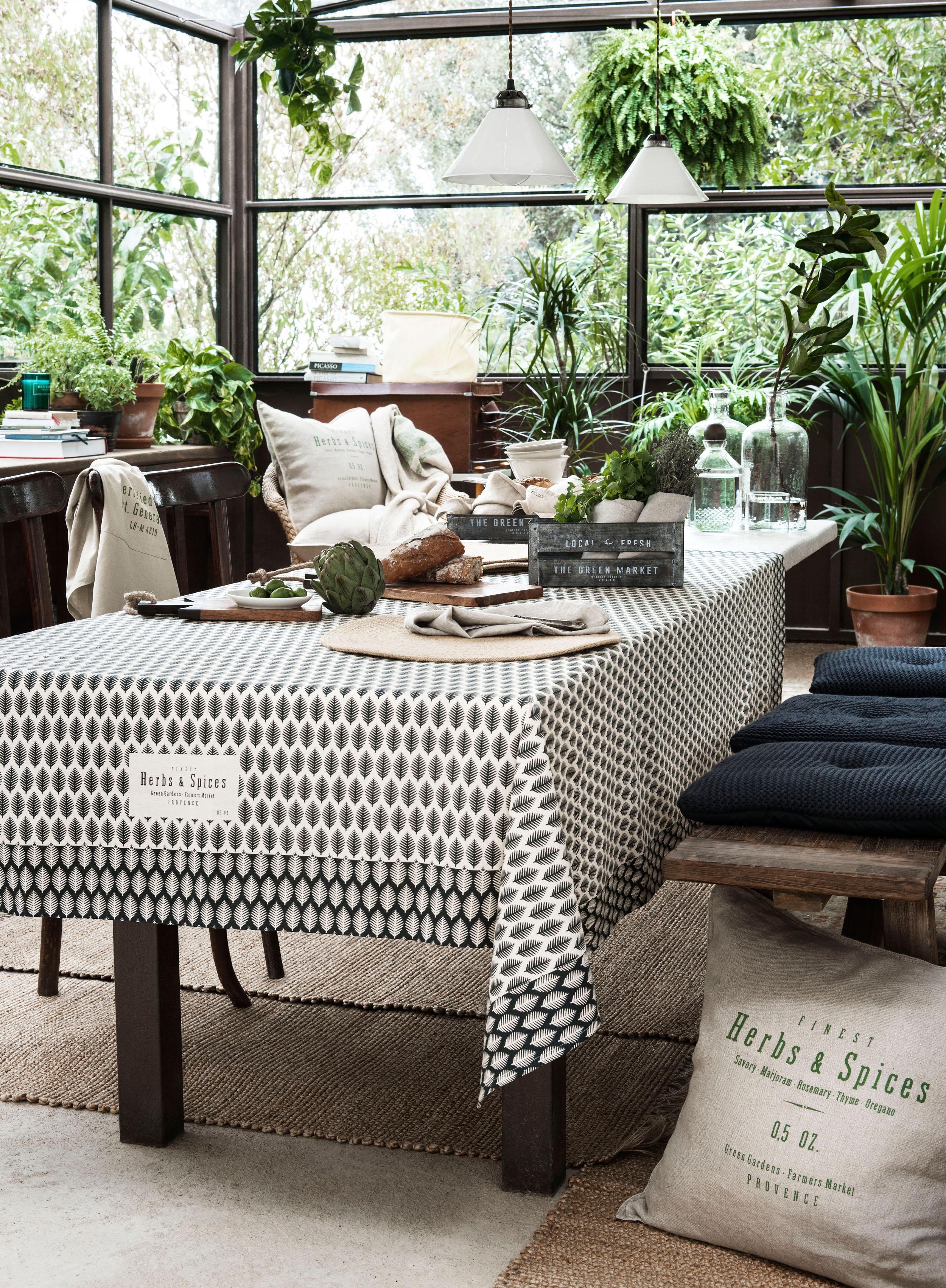 Essbereich Im Wintergarten Einrichten Stuhl Fensterfront Esstisch Pendelleuchte Sitzbank