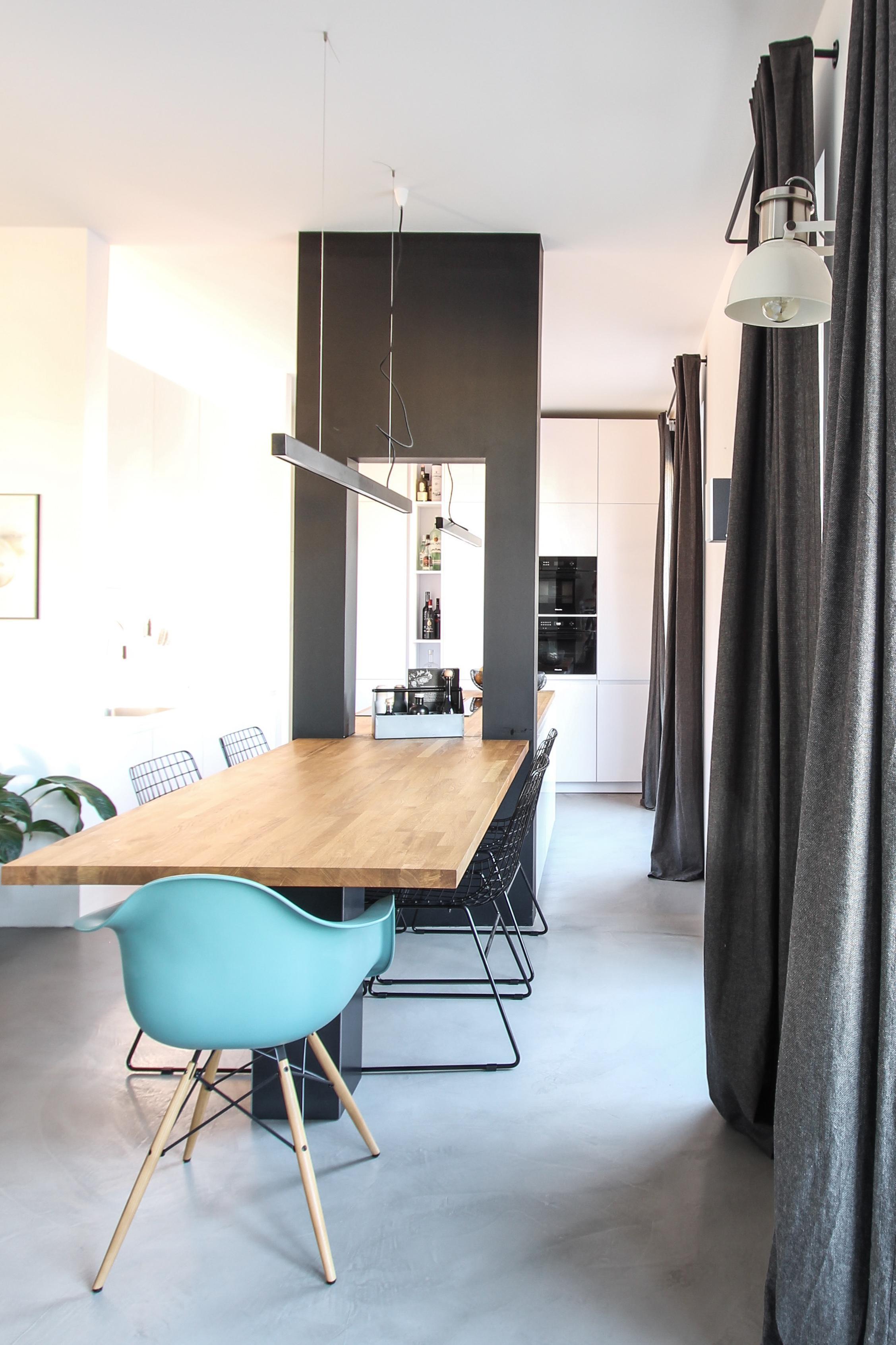 Essbereich mit blick auf die kuche vorhang wandleu for Vorhang küche
