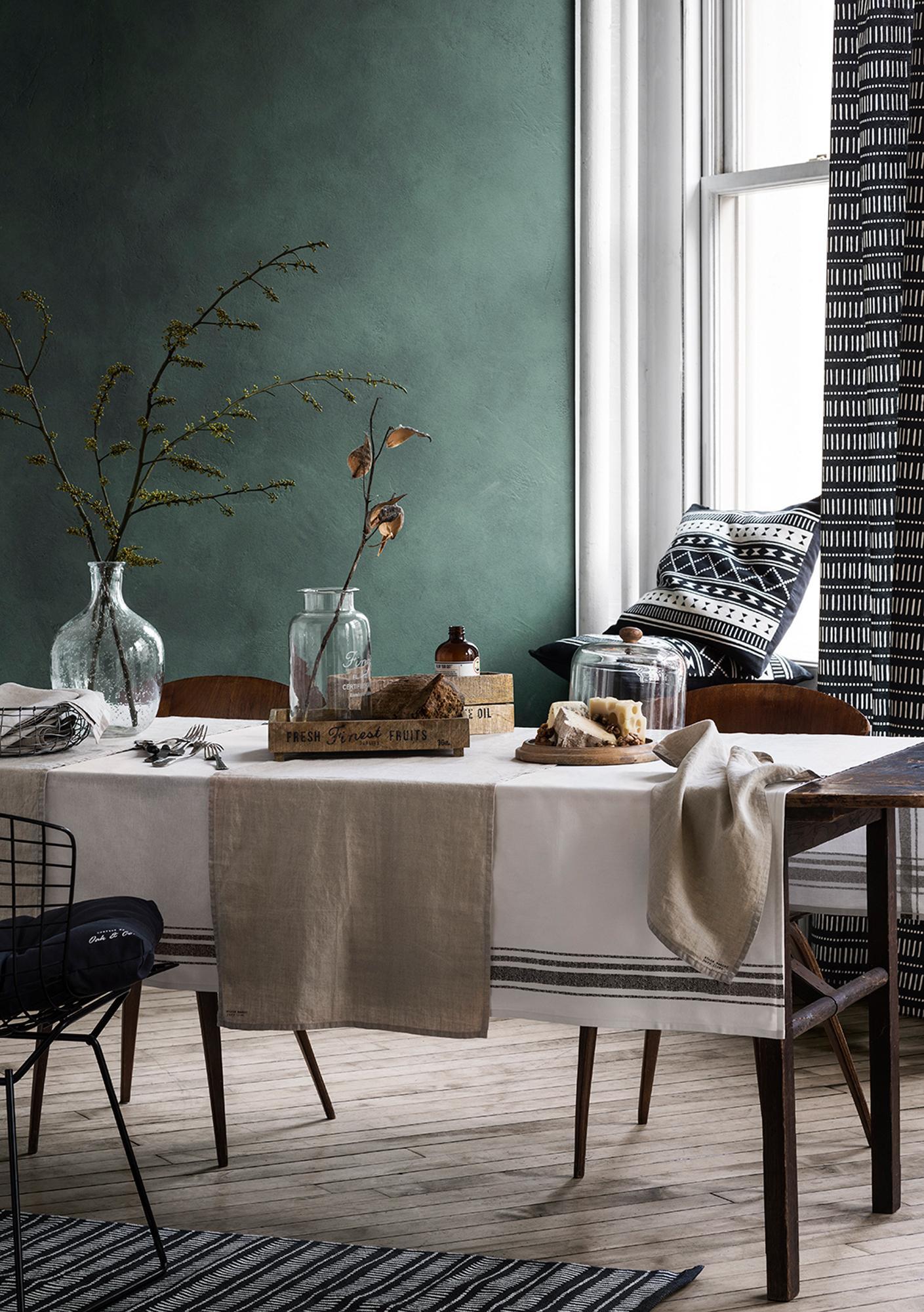 holzstuhl • bilder & ideen • couchstyle, Wohnzimmer