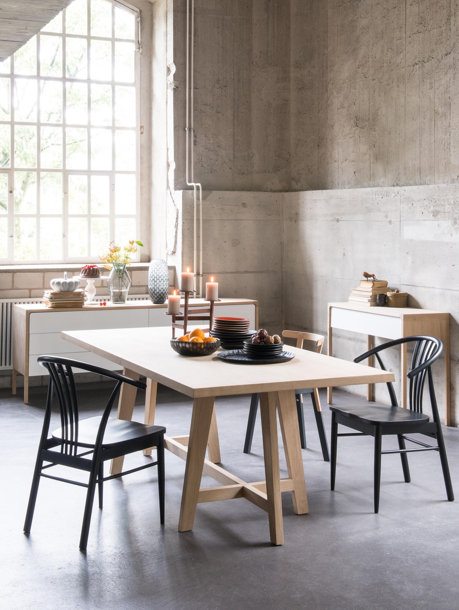 Esstisch Für Zwei #stuhl #esstisch #dekoidee #esszimmerdeko ©Pfister