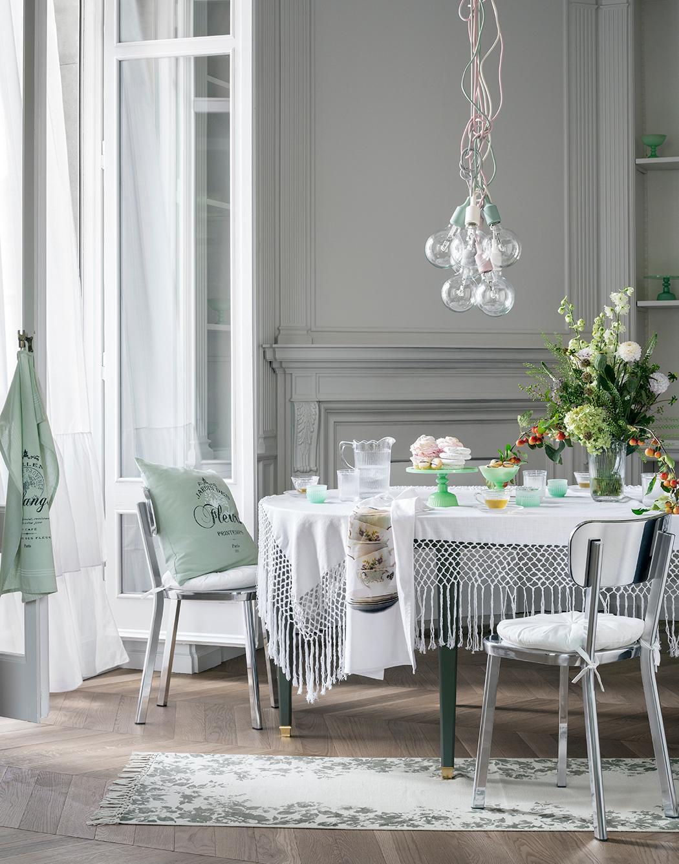 Französischen Stil Für Das Interieur Der Wohnung Wählen. Die