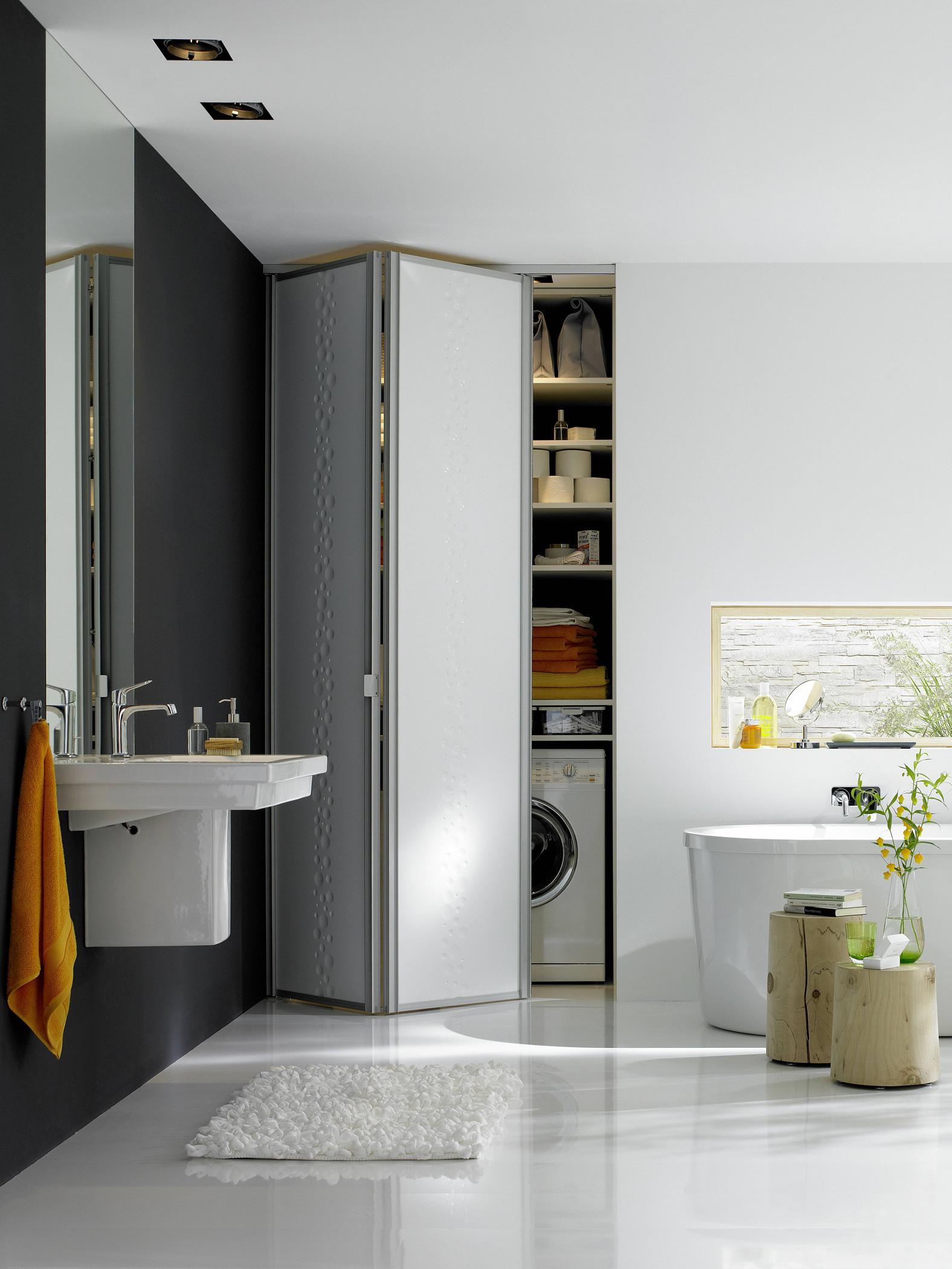 falttr im badezimmer falttr kleinesbadezimmer raumplus - Weises Badezimmer Verschonern