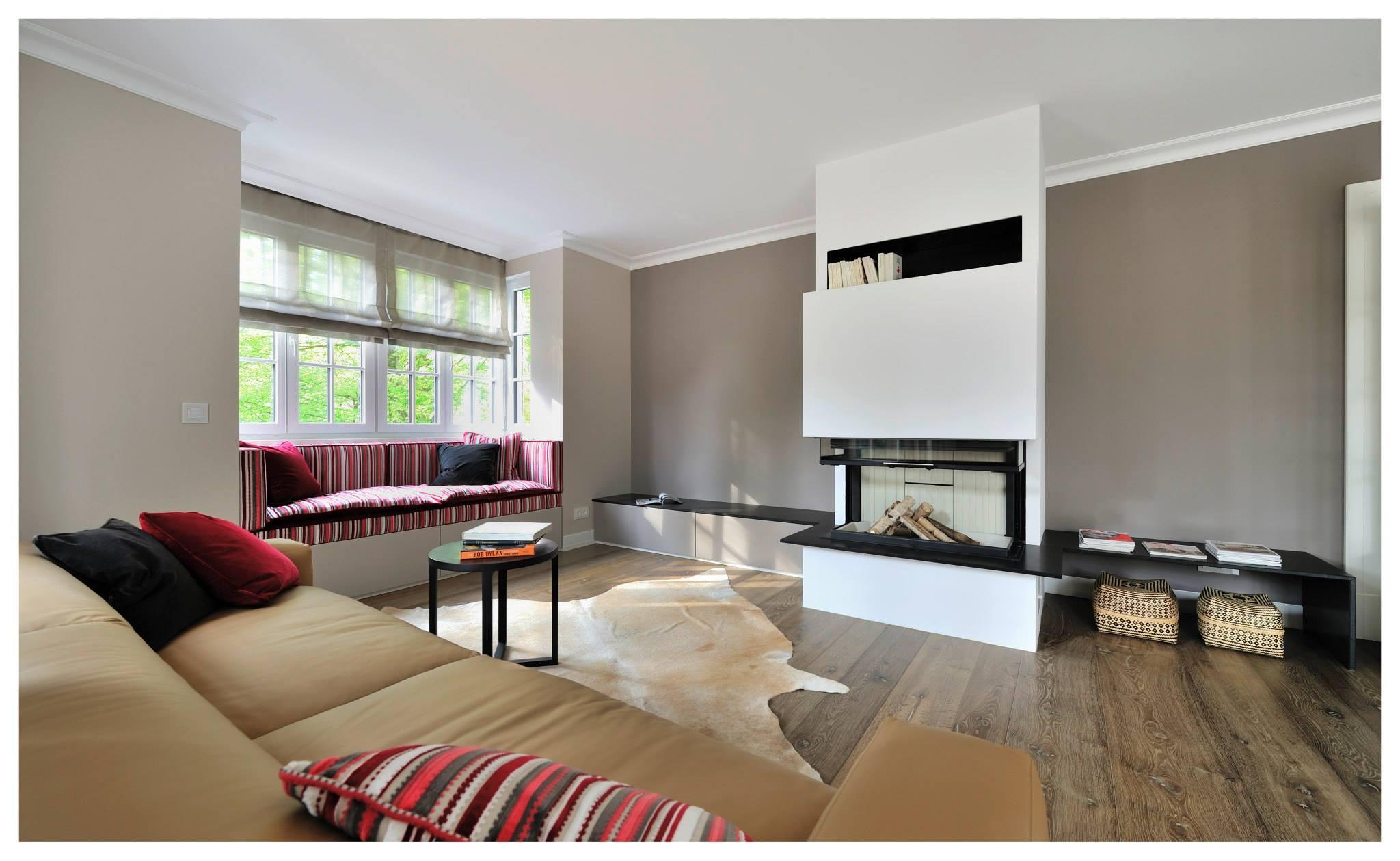 familienvilla in grünwald #ablage #kamin #wohnzimmer... - Wohnzimmer Design Mit Kamin