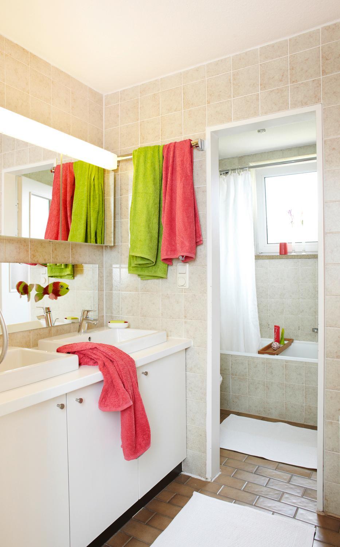 badezimmerspiegel bilder ideen couchstyle. Black Bedroom Furniture Sets. Home Design Ideas