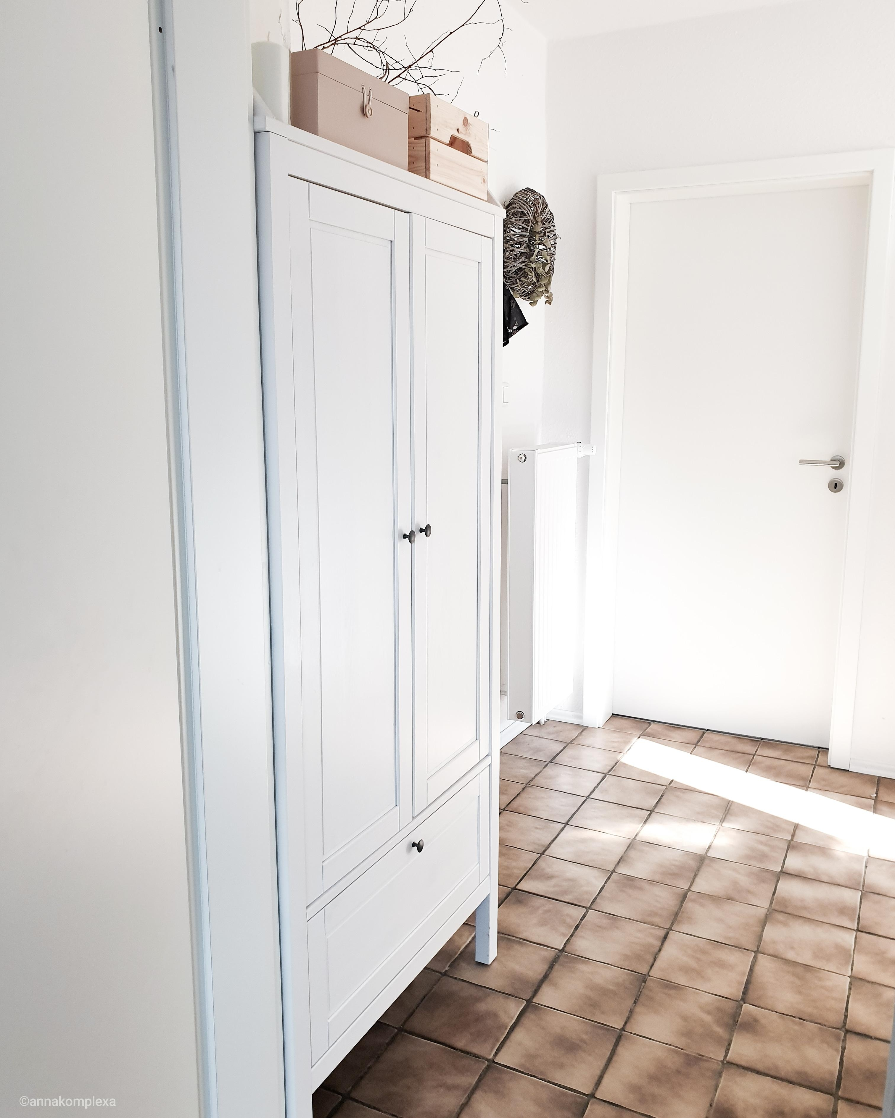 Flur Diele Ikea Sundvik Kleiderschrank Gardero