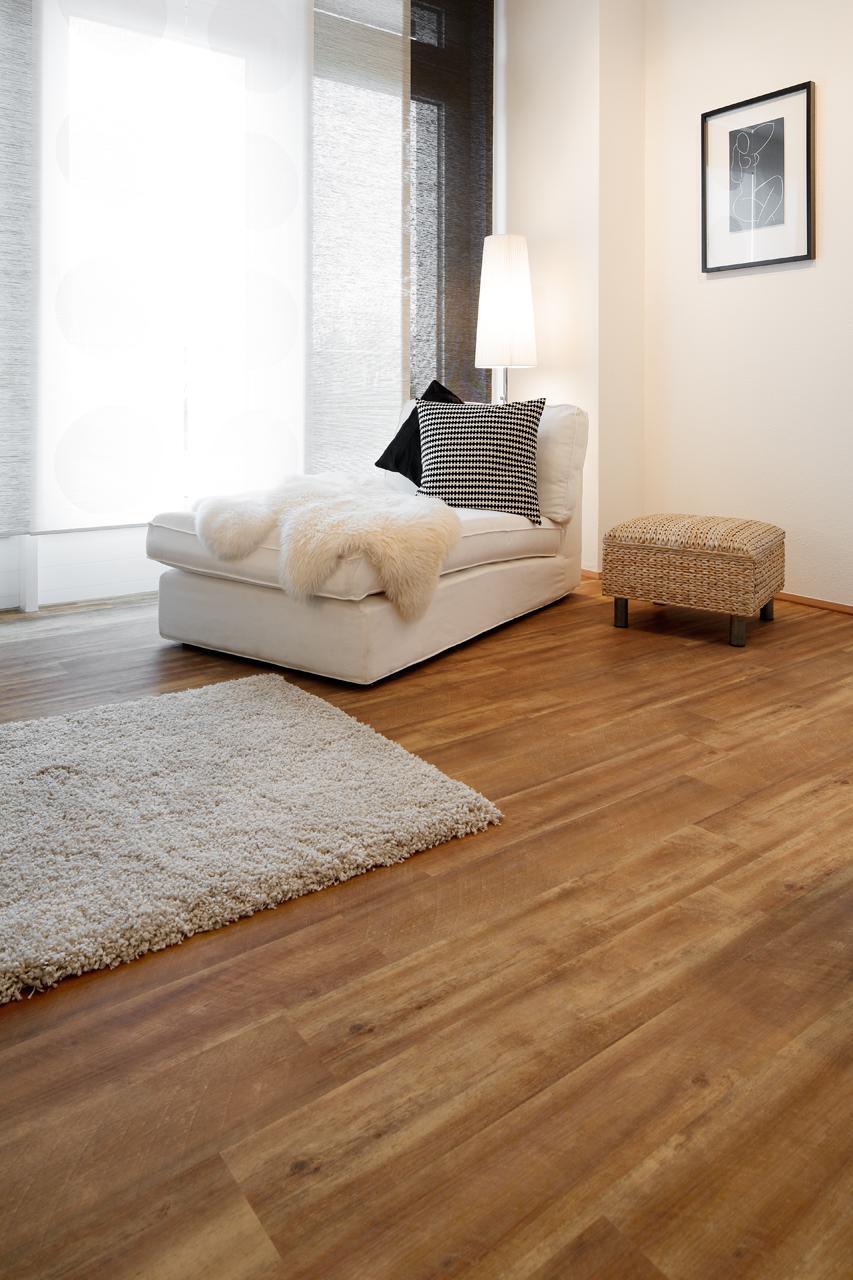 h lzerner raumteiler bilder ideen couchstyle. Black Bedroom Furniture Sets. Home Design Ideas