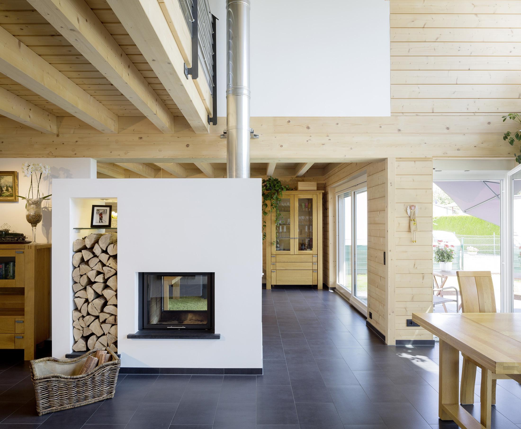 Holzhaus Inspiration Einrichtungsideen Bei Couch
