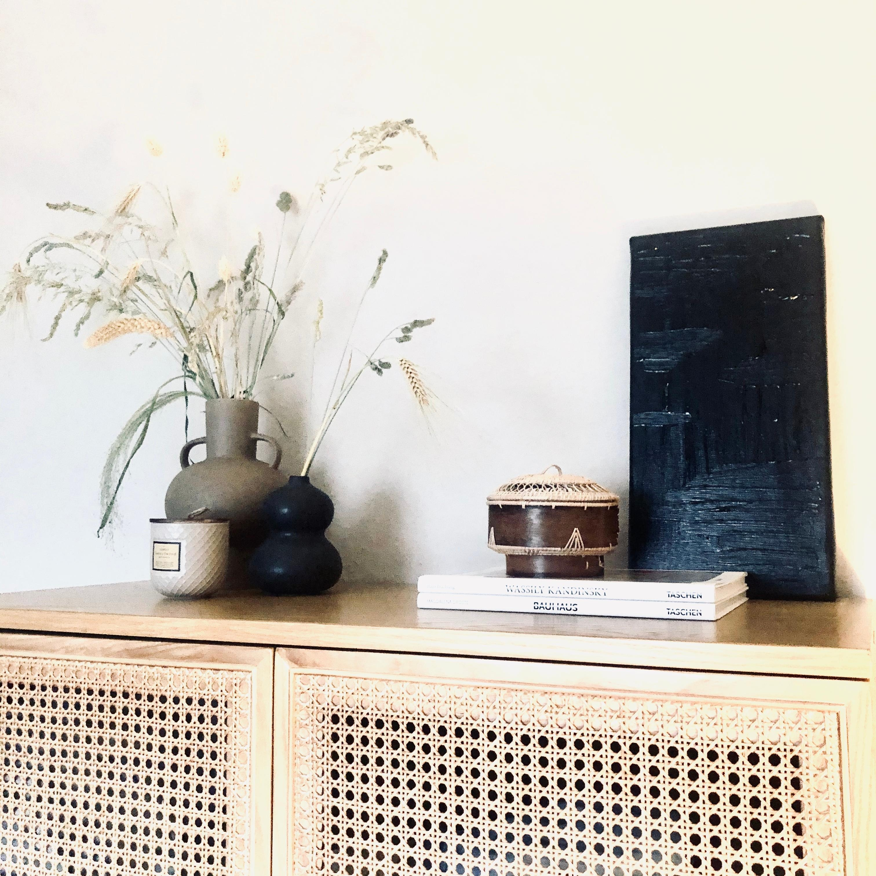Fresh Art and Athen books - in love with my new #couch highboard