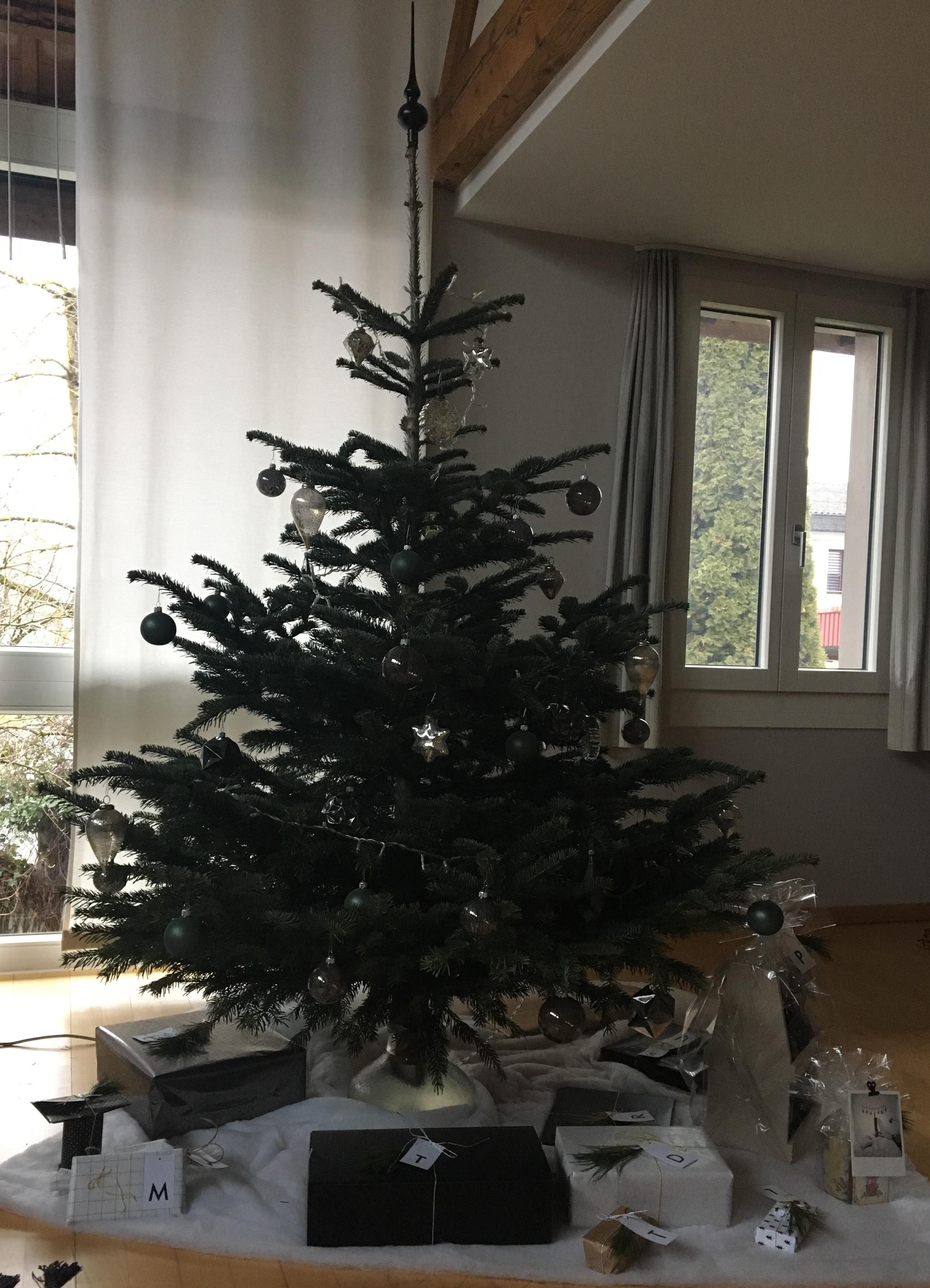 Frohe Weihnachten Familie.Frohe Weihnachten Liebe Familie Geschenke Freud