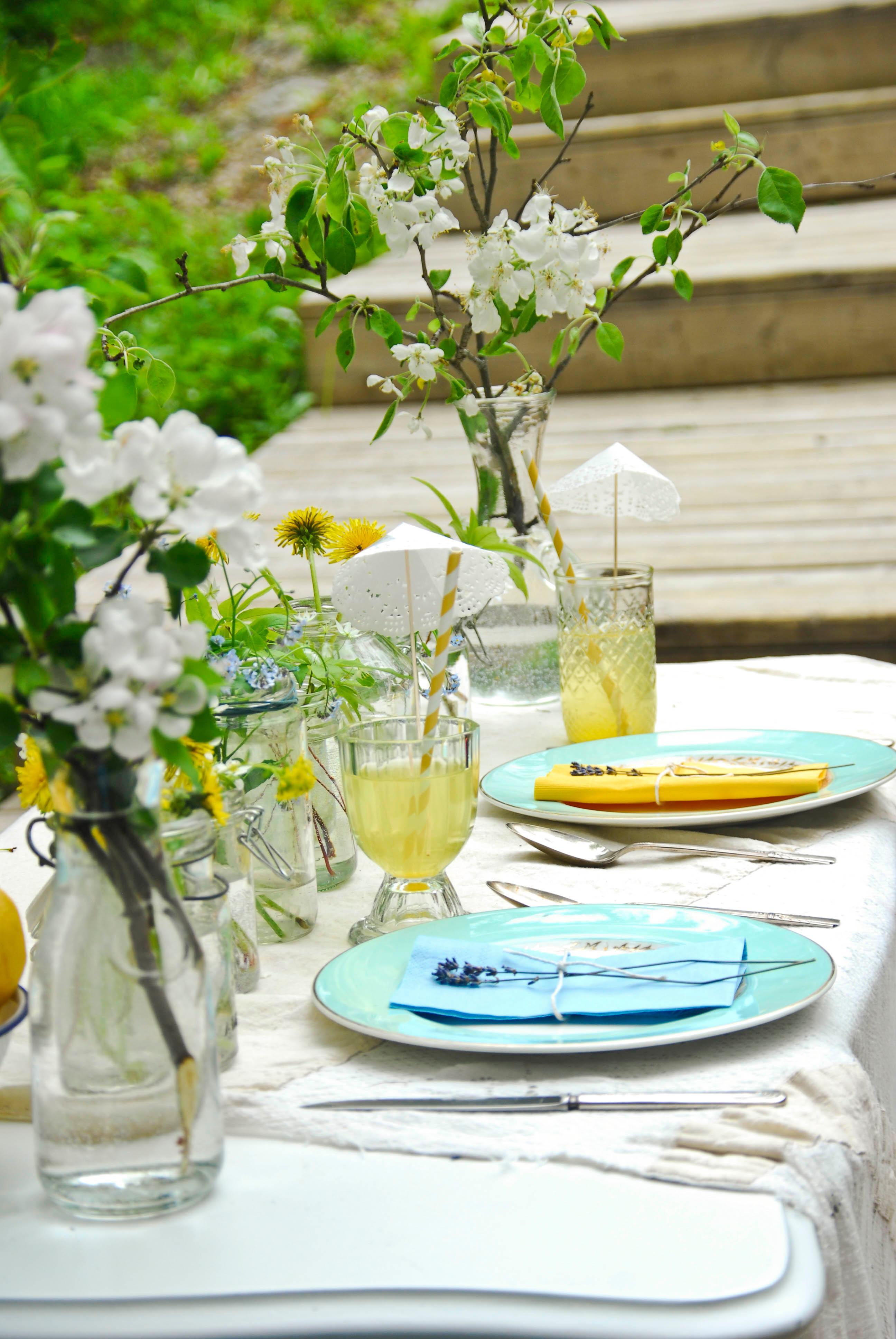 Fruhlingstisch Romantischedeko Tischdeko Gartenpa