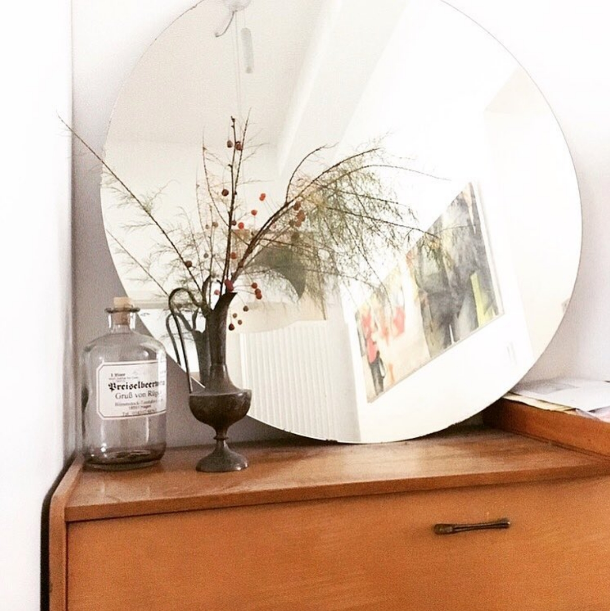 Grandpa's beautiful furniture ... #plants #plantlover #möbel #vintage #midcentury #einrichtung #küche #esszimmer