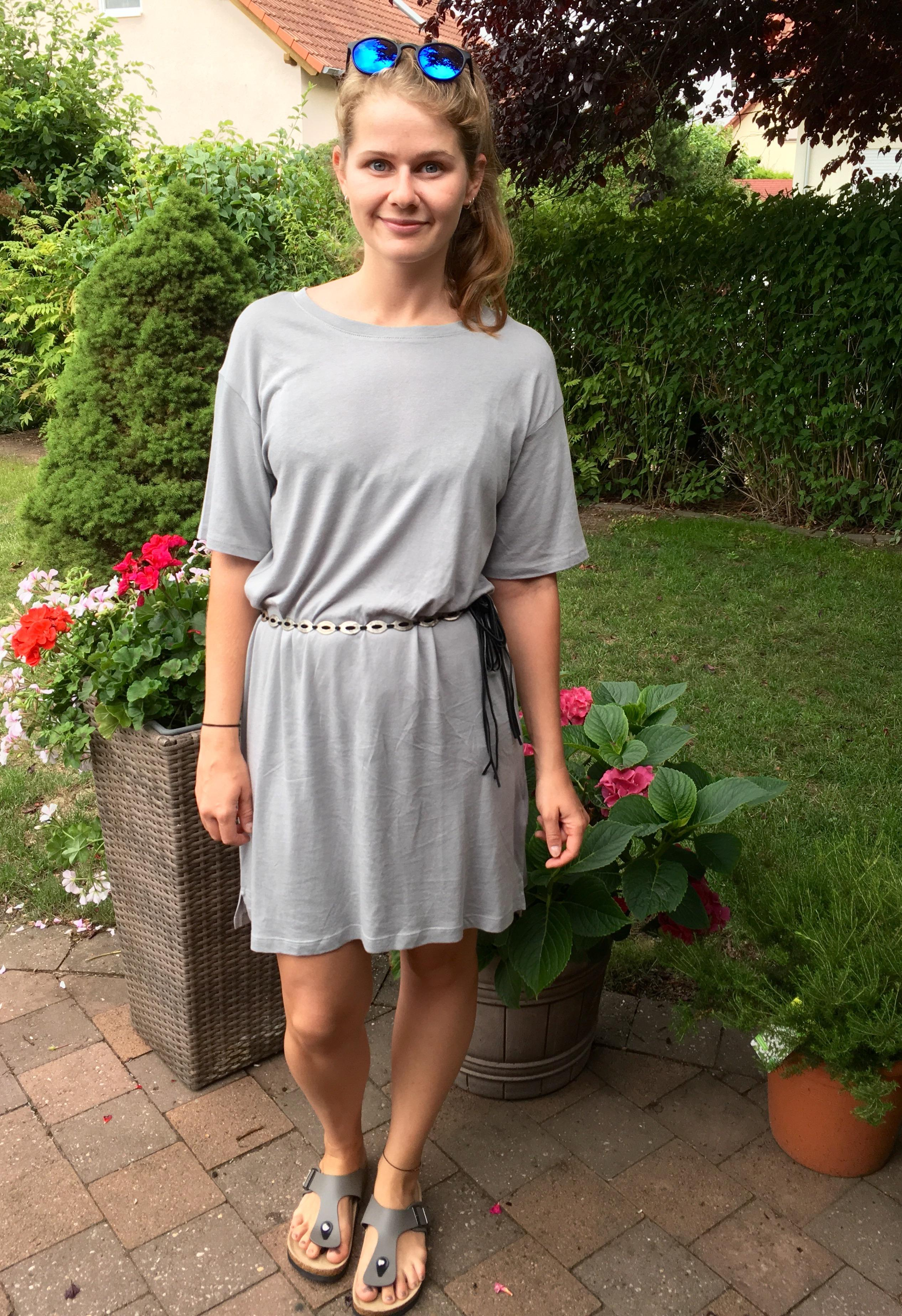 Graue maus  von wegen dress grey style look fashion  2f029d50 453a 4a04 a1f2 97bb3e69b934