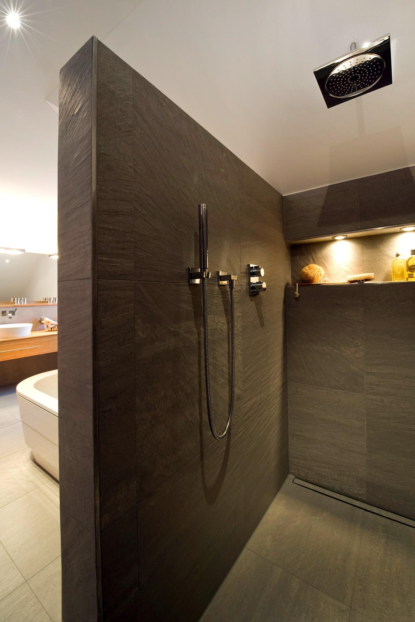 Grosse Walk In Dusche Badsanierung C Heimwohl Gmbh