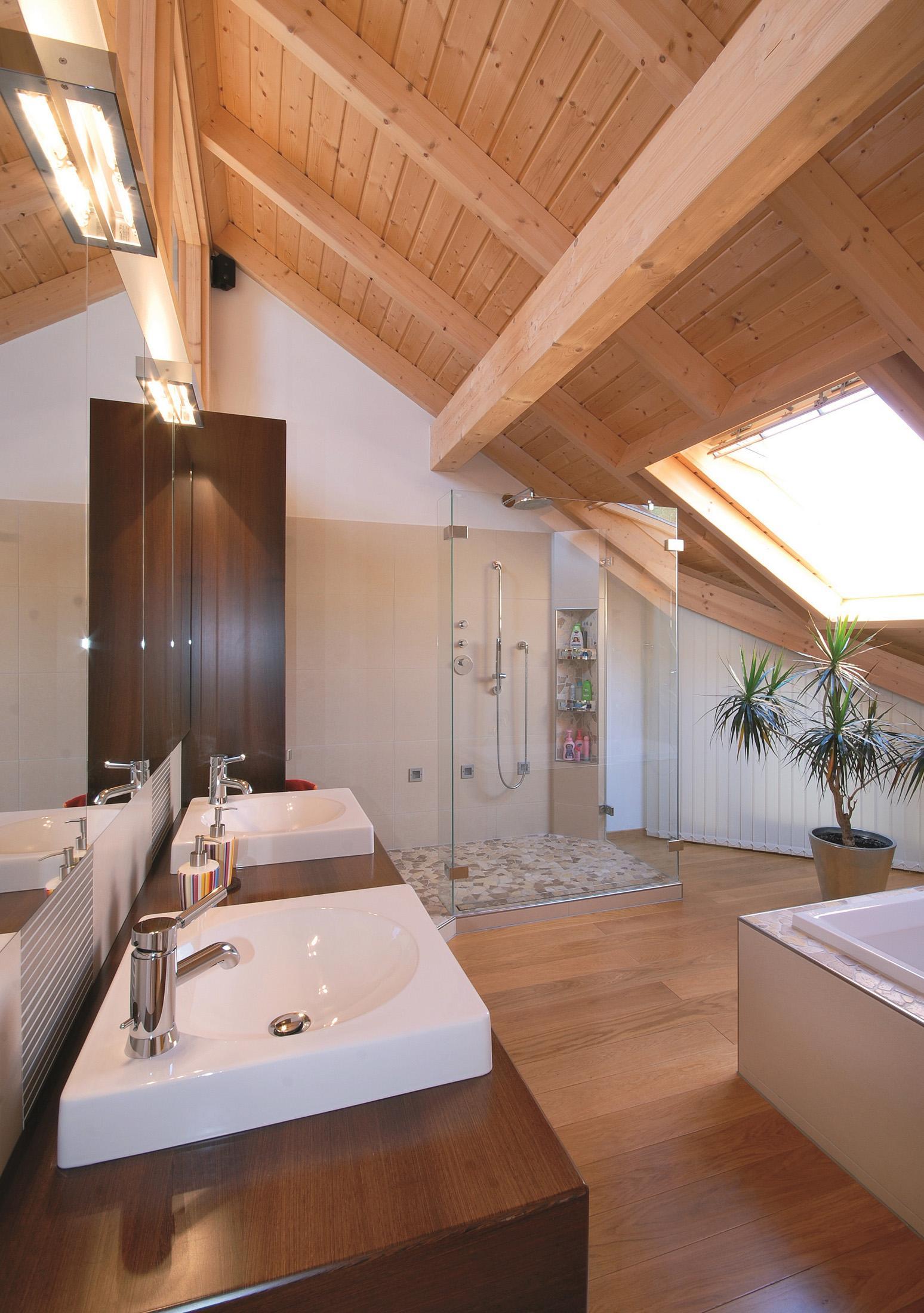 Großer Badezimmerspiegel #badezimmerspiegel #holzver...