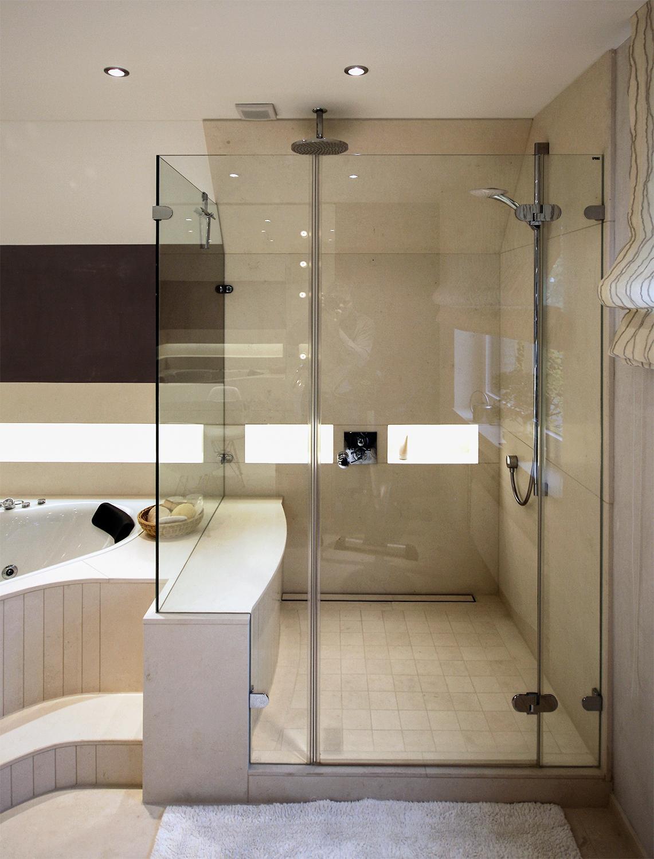 Grosszügige Dusche #bad #badezimmer ©Werner Dielen Nice Ideas