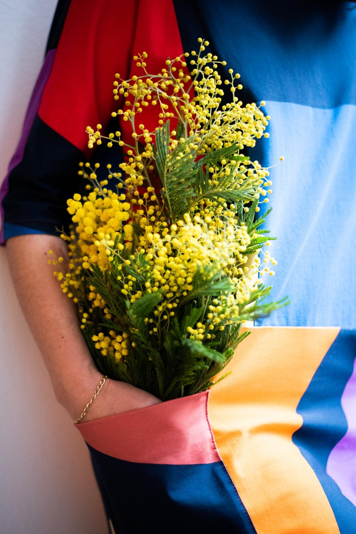 Happy Friday! #mimosen #fridayflowers #freshflowers #fashioncrush #springoutfit #fashioninspo #ootd