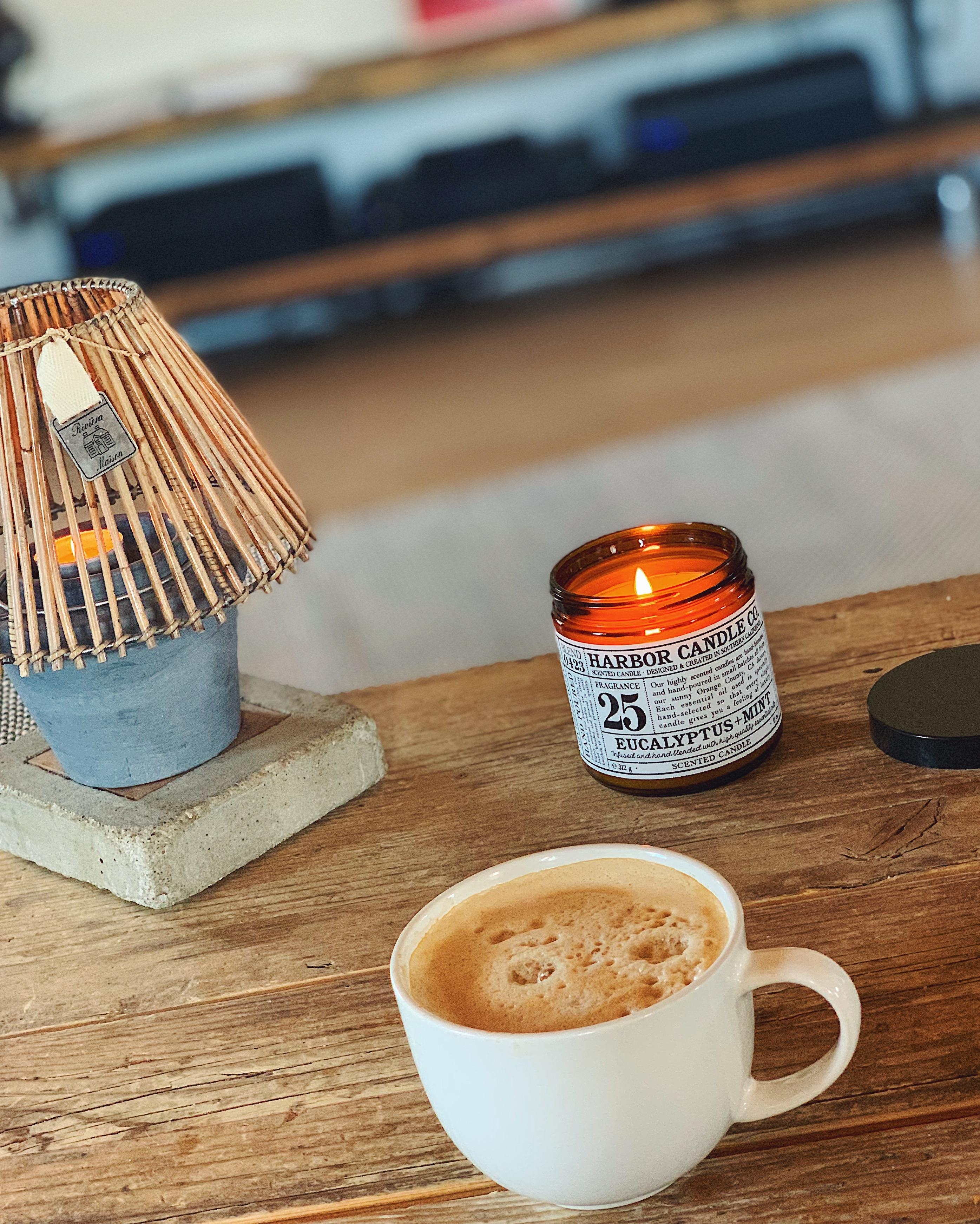 Happy sunday everyone  und allen muettern einen schoenen muttertag  sonntag coffee candle  5b04d1e7 1921 48d2 8942 1318d92c4712