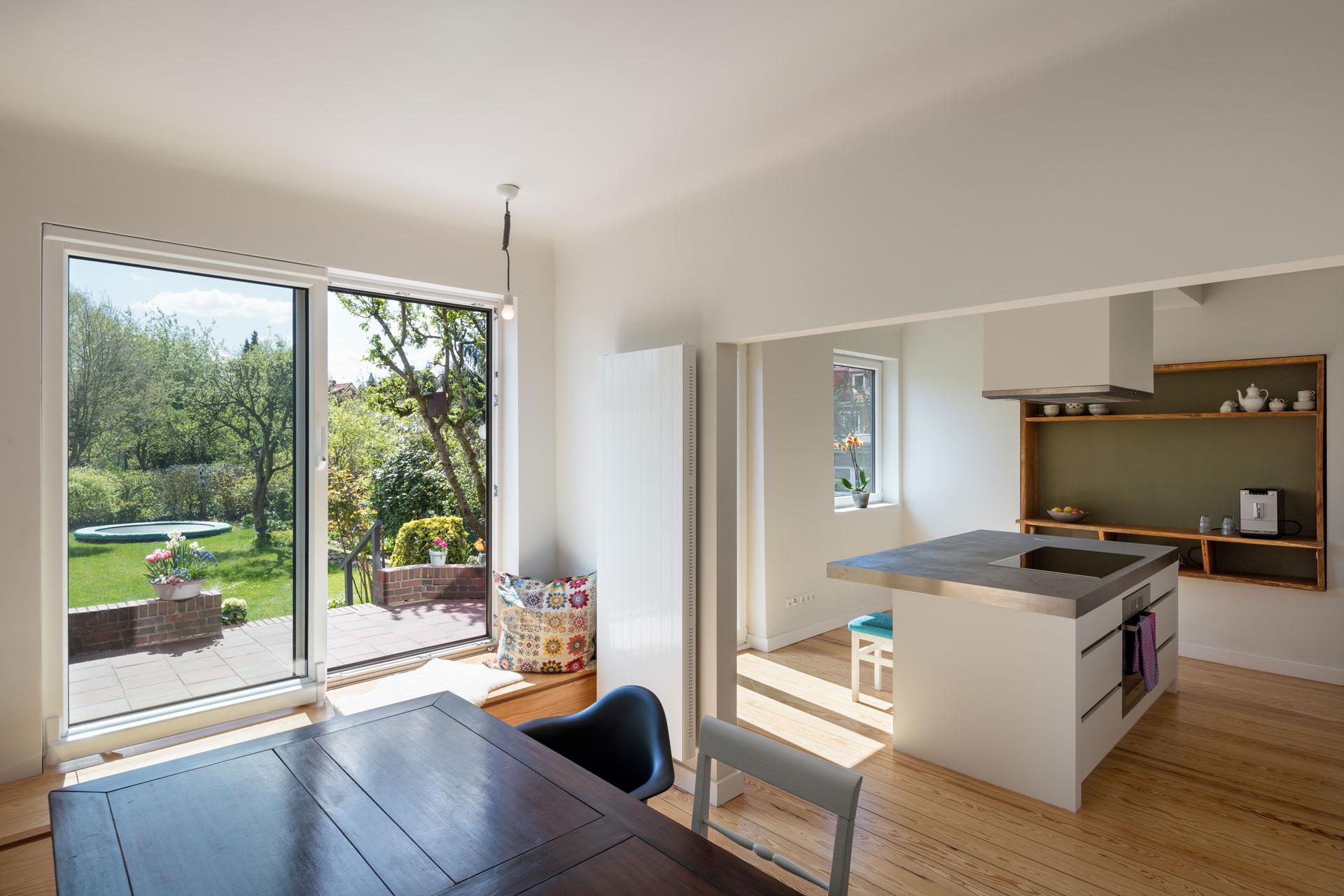 haus m hamburg esstisch sitzbank k chenblock zim. Black Bedroom Furniture Sets. Home Design Ideas