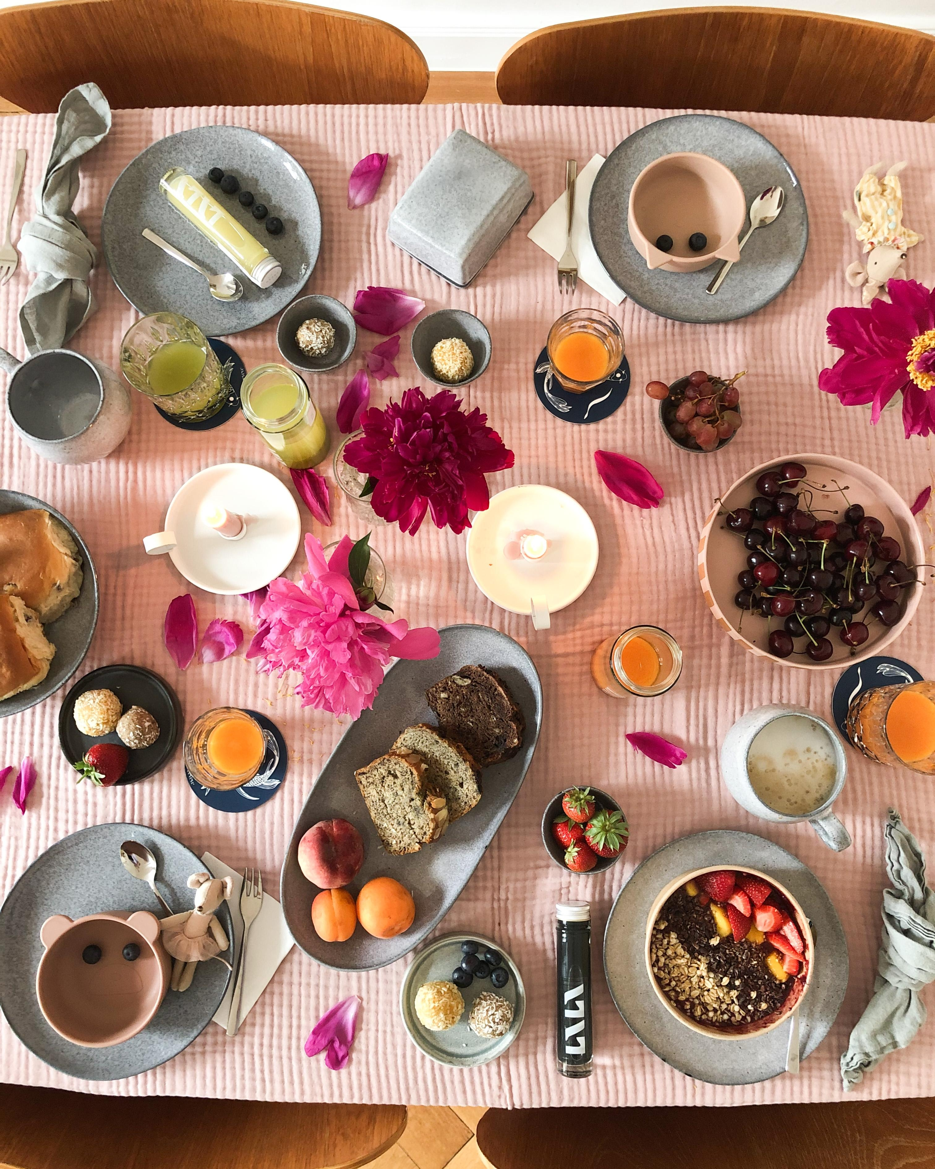 #healthy start into the day #breakfast #tablesetting