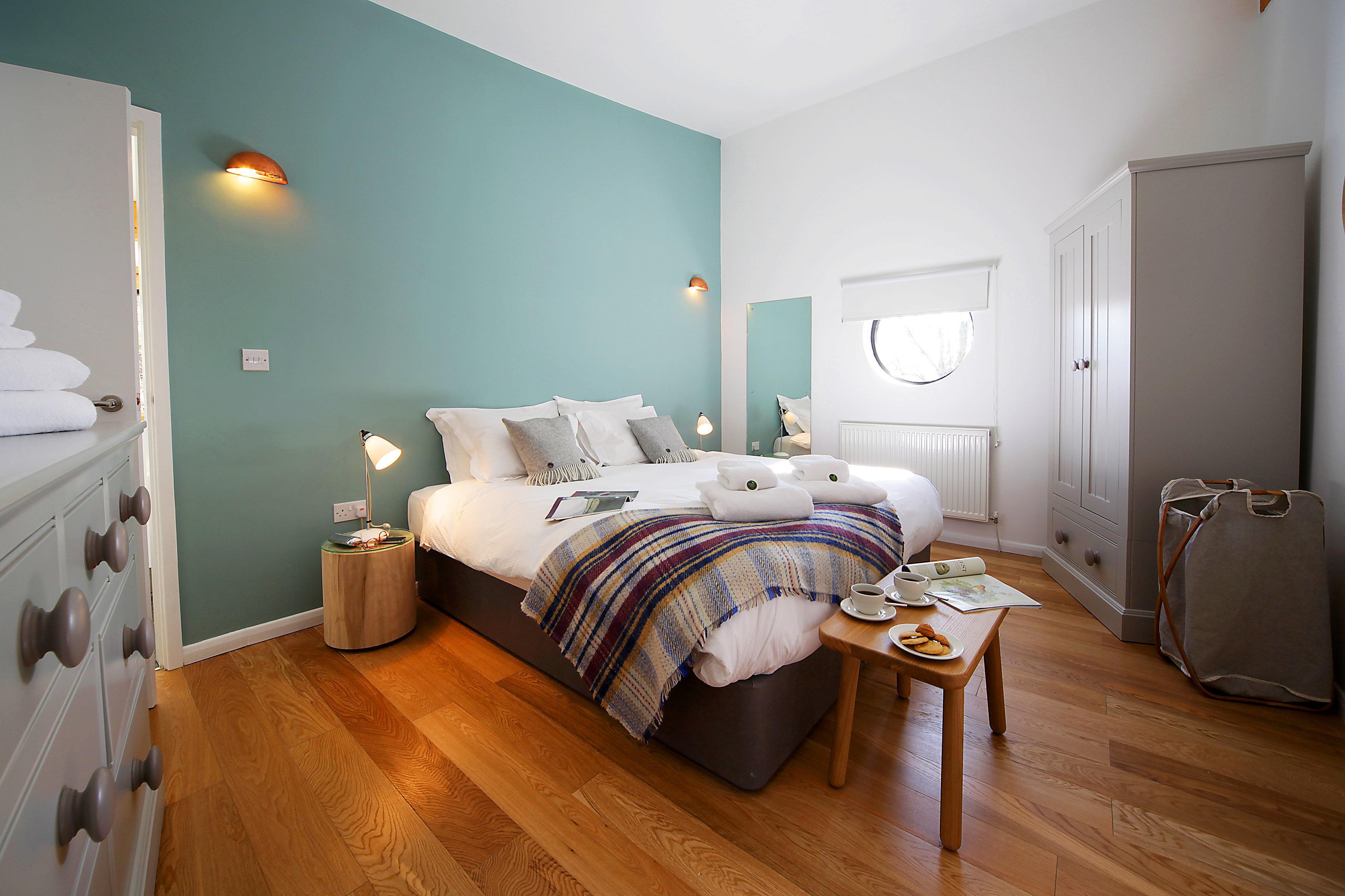Schlafzimmer wandgestaltung ideen  Schlafzimmer Wandgestaltung • Bilder & Ideen • COUCH...