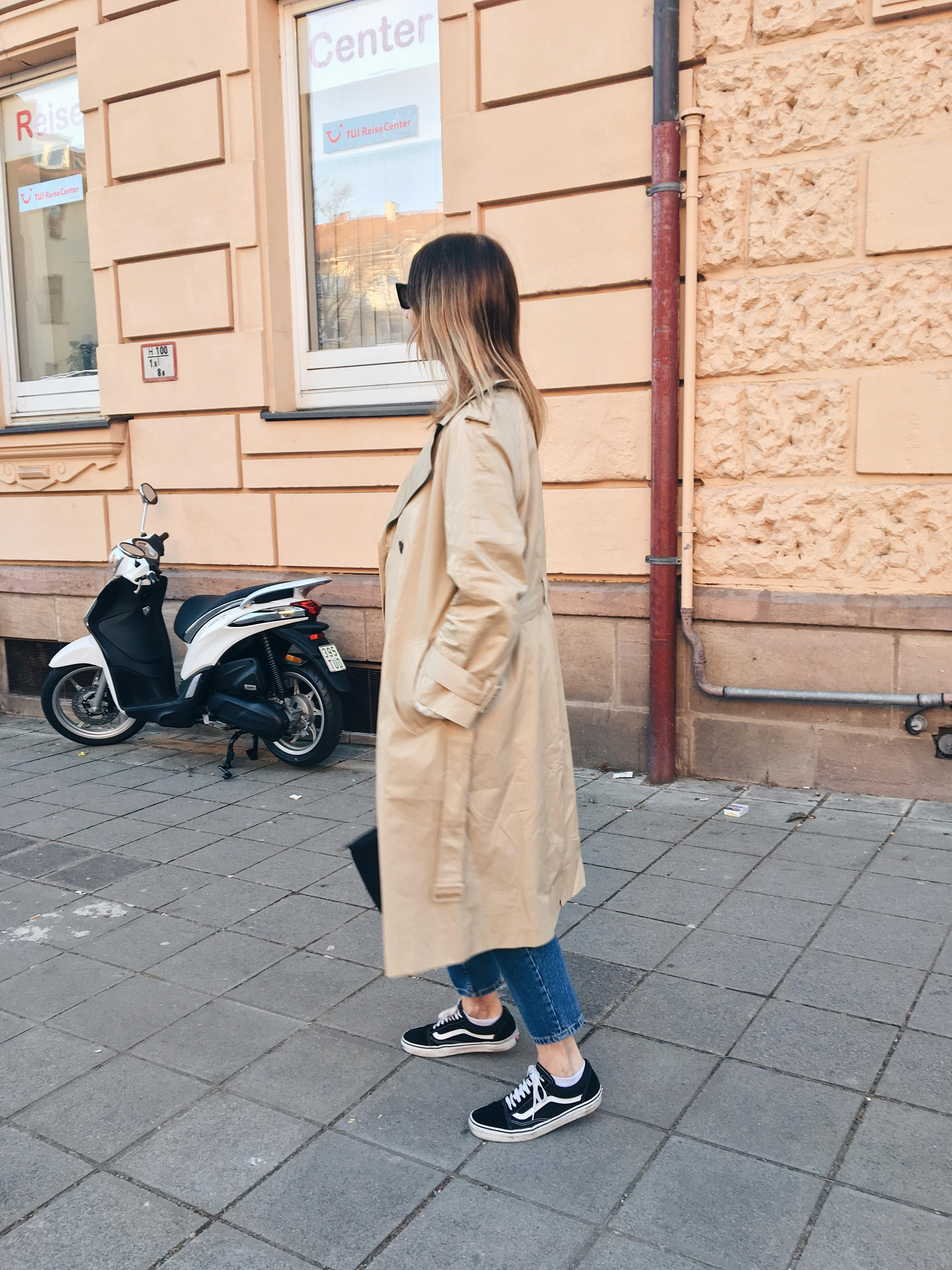 Hello spring  trenchcoat hm trend fashion ootd fashionblogger streetstyle springoutfit  b4f7a6f4 9306 42d1 85df aa6c474ab2e2