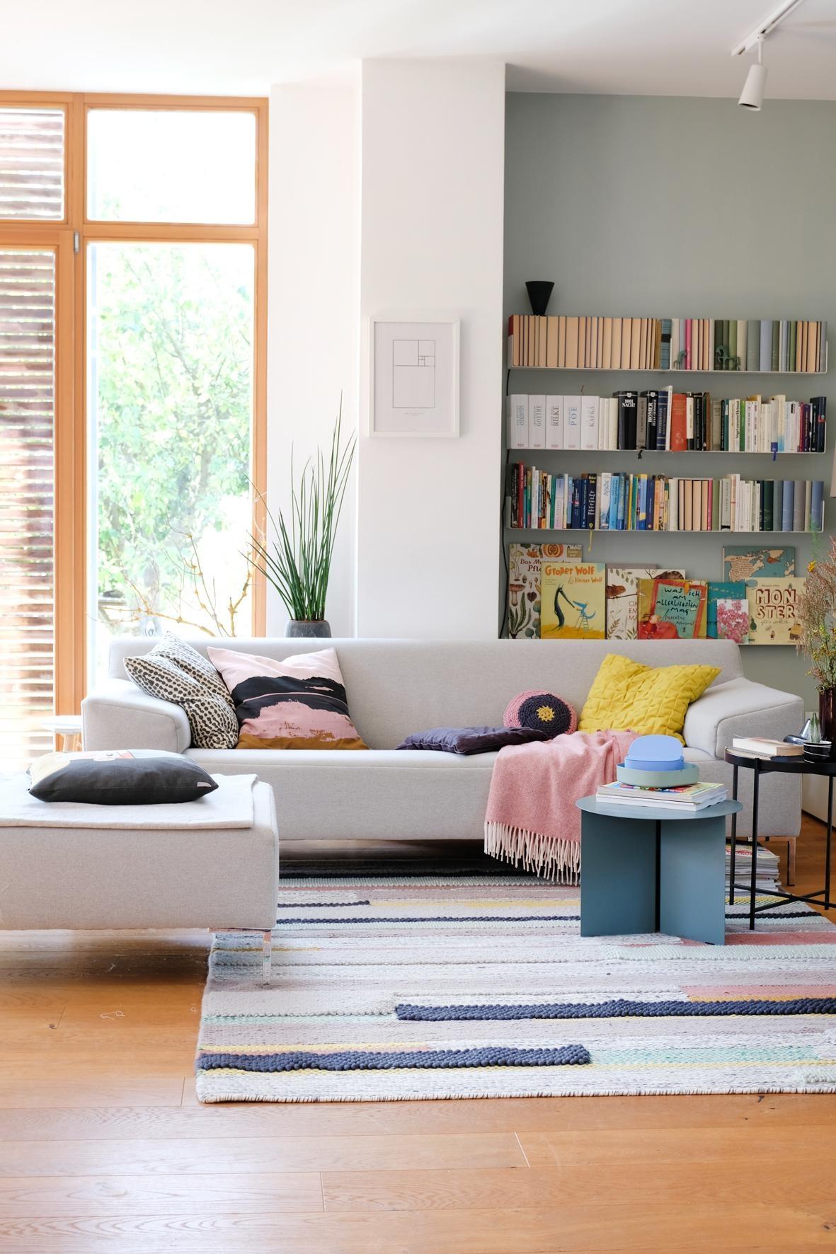 Herbstbunt Im #Wohnzimmer #interior #home #hygge #sofa #couch #wandfarbe