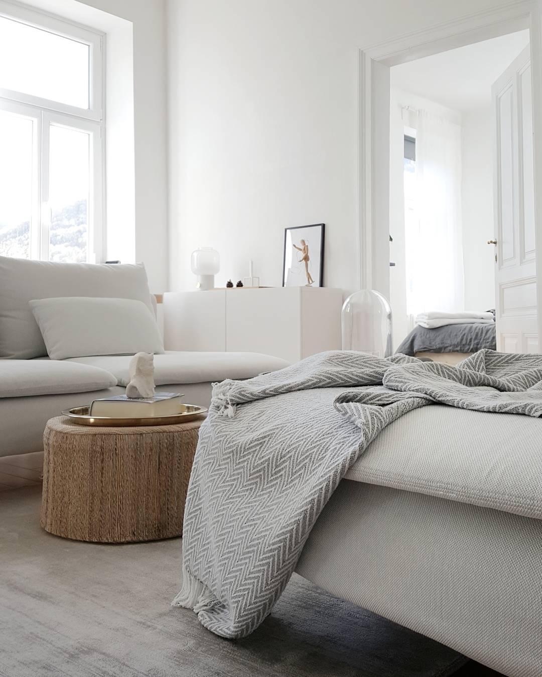 Herbstwohnzimmer #Wohnzimmer #Weiss #Grau #Skandinav