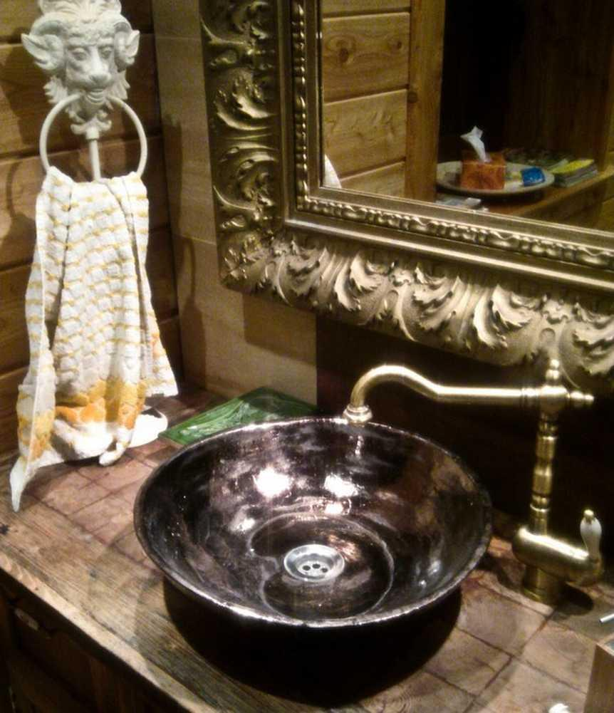 Historische Waschbecken   Antik Bad Waschbecken #waschbecken ©Dorota Wysocka