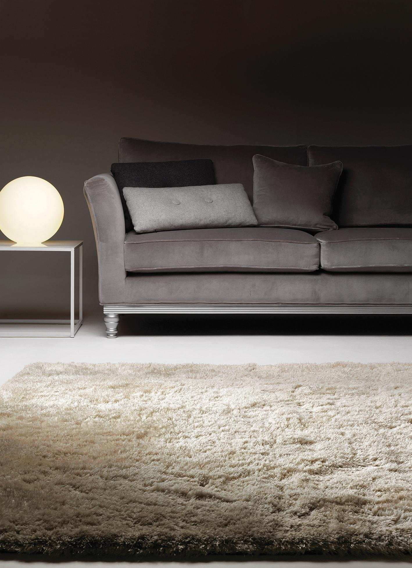 hochflor shaggy teppich im stilvollen wohnzimmer wo. Black Bedroom Furniture Sets. Home Design Ideas