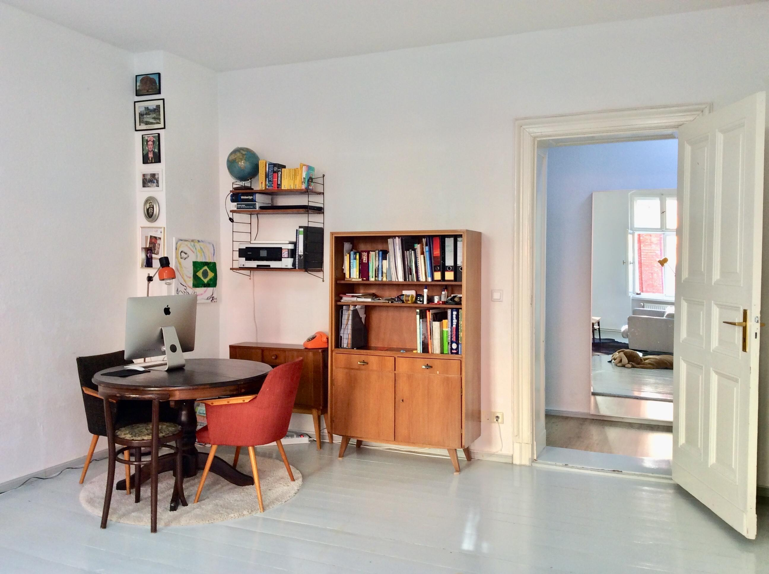 Homeoffice wohnzimmer vintage holztisch runder for Runder tisch wohnzimmer