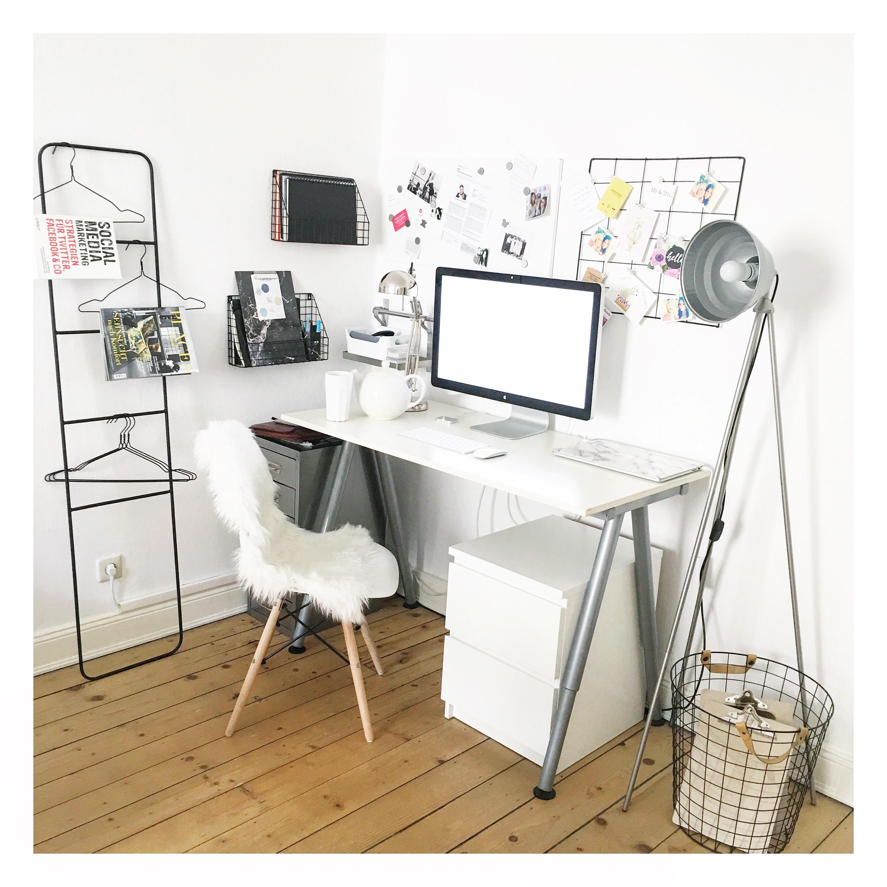 Homeoffice #workplace #homeoffice #arbeitsplatz #decoration #homesweethome #interieurdesign