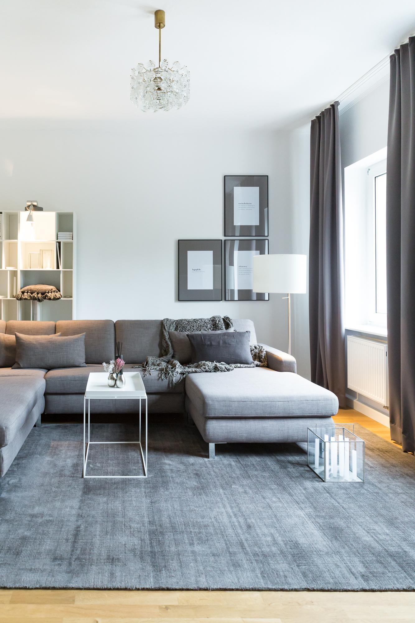 Wohnzimmer grau sofa  Sofa • Bilder & Ideen • COUCHstyle