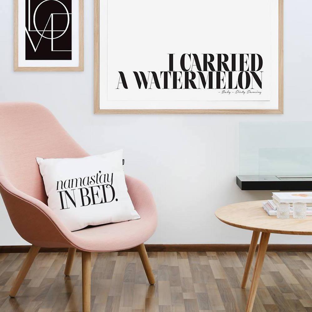 honeymoon hotel bei juniqe wandgestaltung rosafar. Black Bedroom Furniture Sets. Home Design Ideas