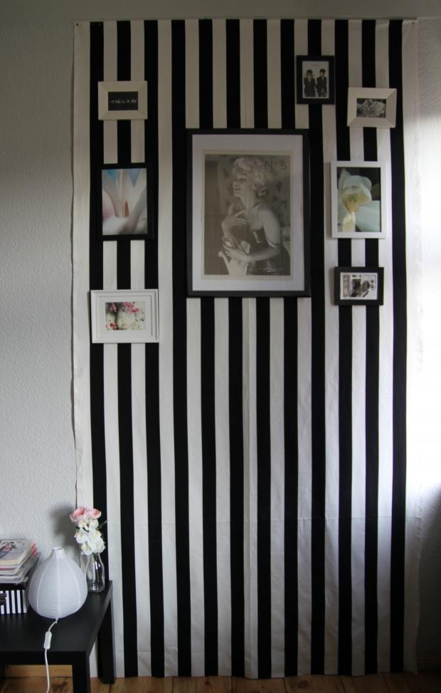 gestreifte tapete bilder ideen couchstyle. Black Bedroom Furniture Sets. Home Design Ideas